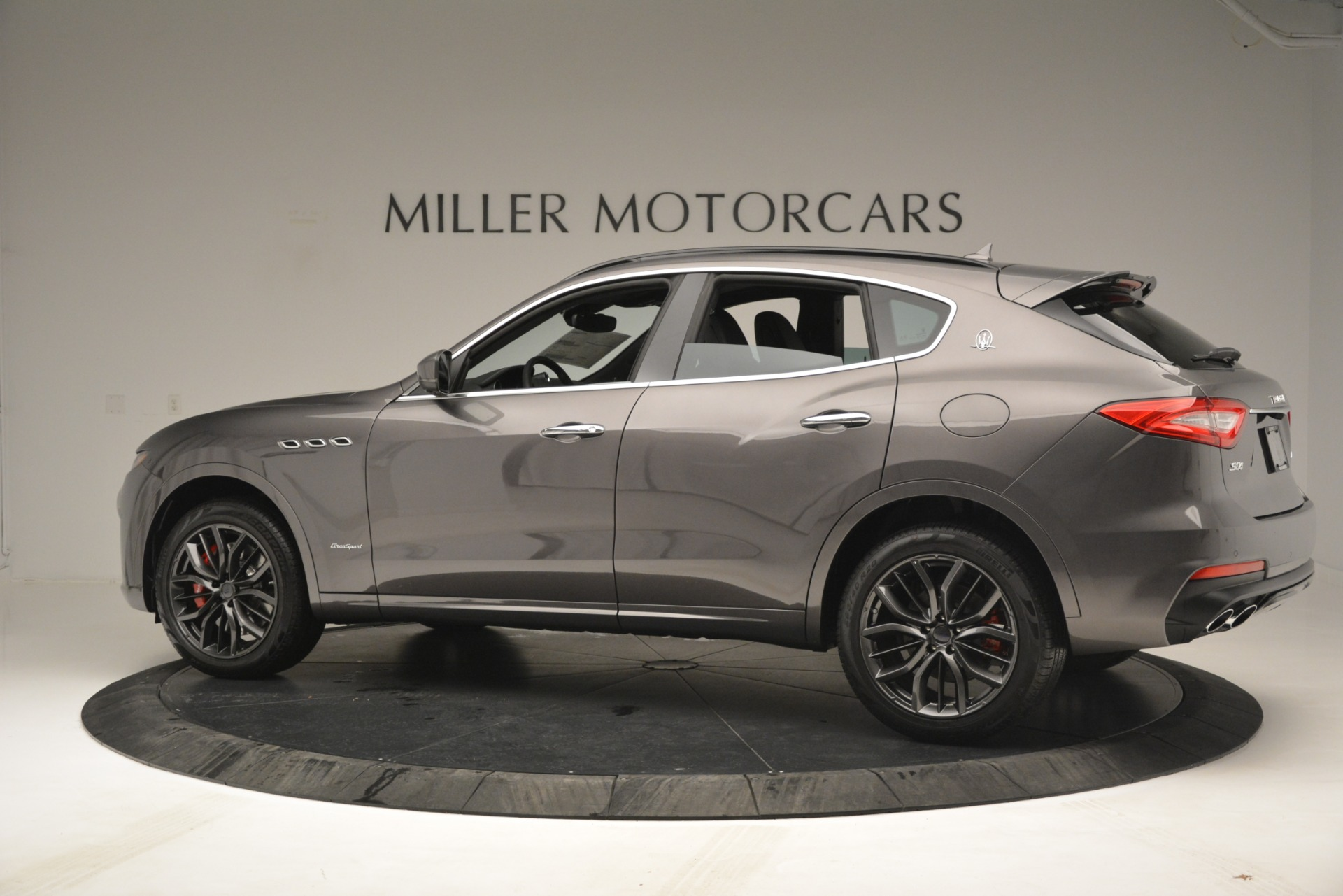 New 2019 Maserati Levante S Q4 GranSport For Sale In Greenwich, CT. Alfa Romeo of Greenwich, M2217 2680_p4