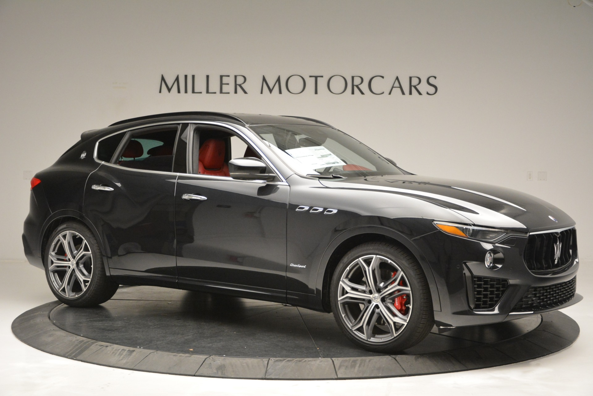 New 2019 Maserati Levante S Q4 GranSport For Sale In Greenwich, CT. Alfa Romeo of Greenwich, M2211 2683_p10