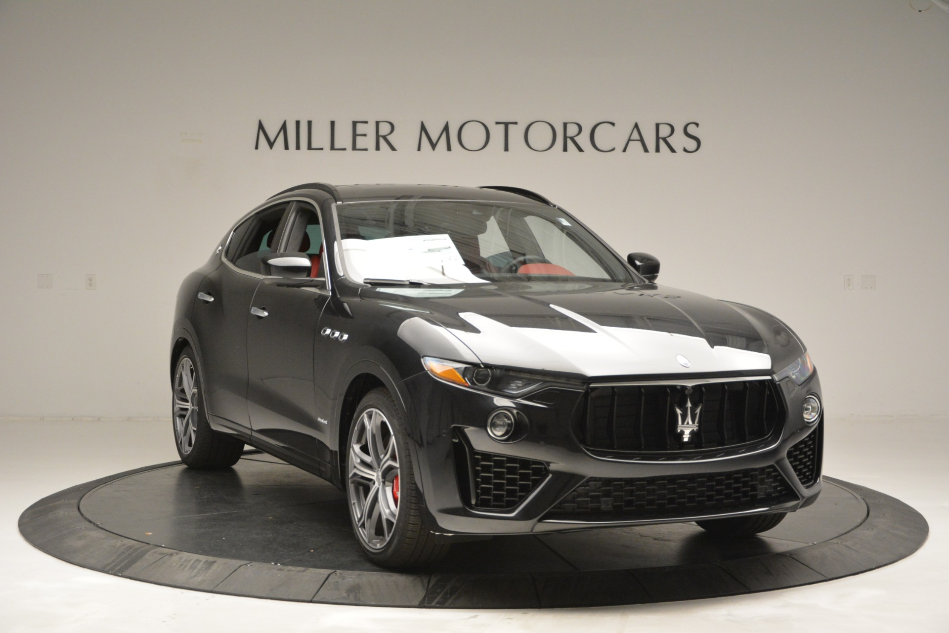 New 2019 Maserati Levante S Q4 GranSport For Sale In Greenwich, CT. Alfa Romeo of Greenwich, M2211 2683_p11