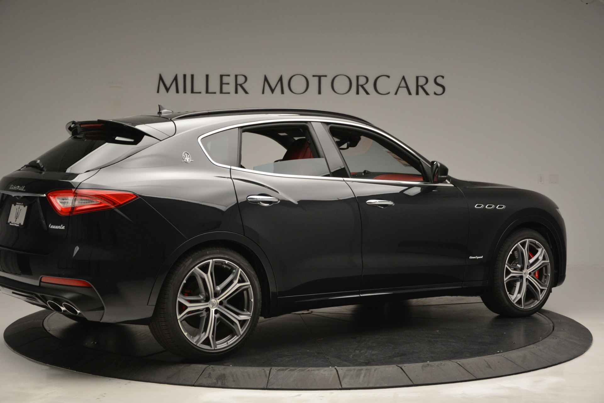 New 2019 Maserati Levante S Q4 GranSport For Sale In Greenwich, CT. Alfa Romeo of Greenwich, M2211 2683_p8