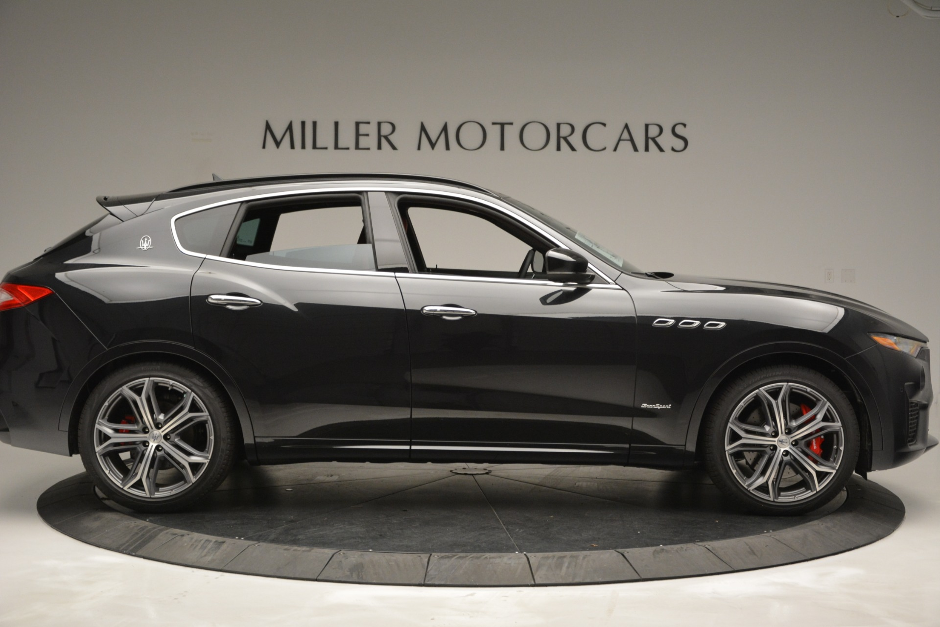 New 2019 Maserati Levante S Q4 GranSport For Sale In Greenwich, CT. Alfa Romeo of Greenwich, M2211 2683_p9
