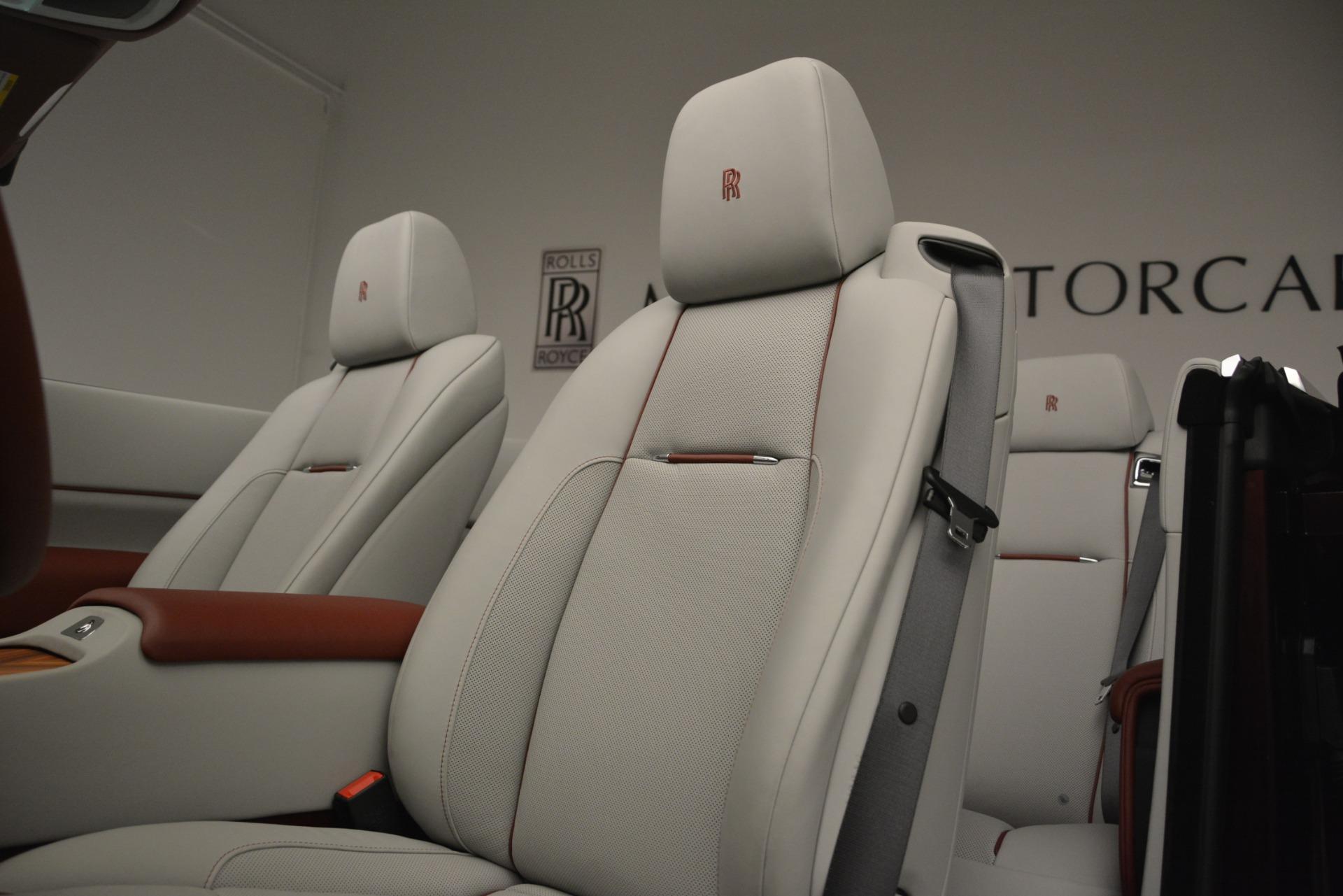 Used 2019 Rolls-Royce Dawn  For Sale In Greenwich, CT. Alfa Romeo of Greenwich, R506 2692_p25