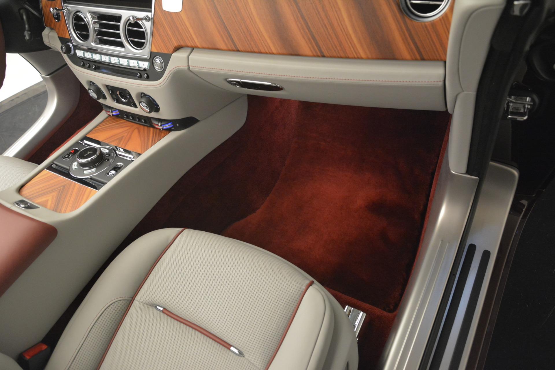 Used 2019 Rolls-Royce Dawn  For Sale In Greenwich, CT. Alfa Romeo of Greenwich, R506 2692_p36