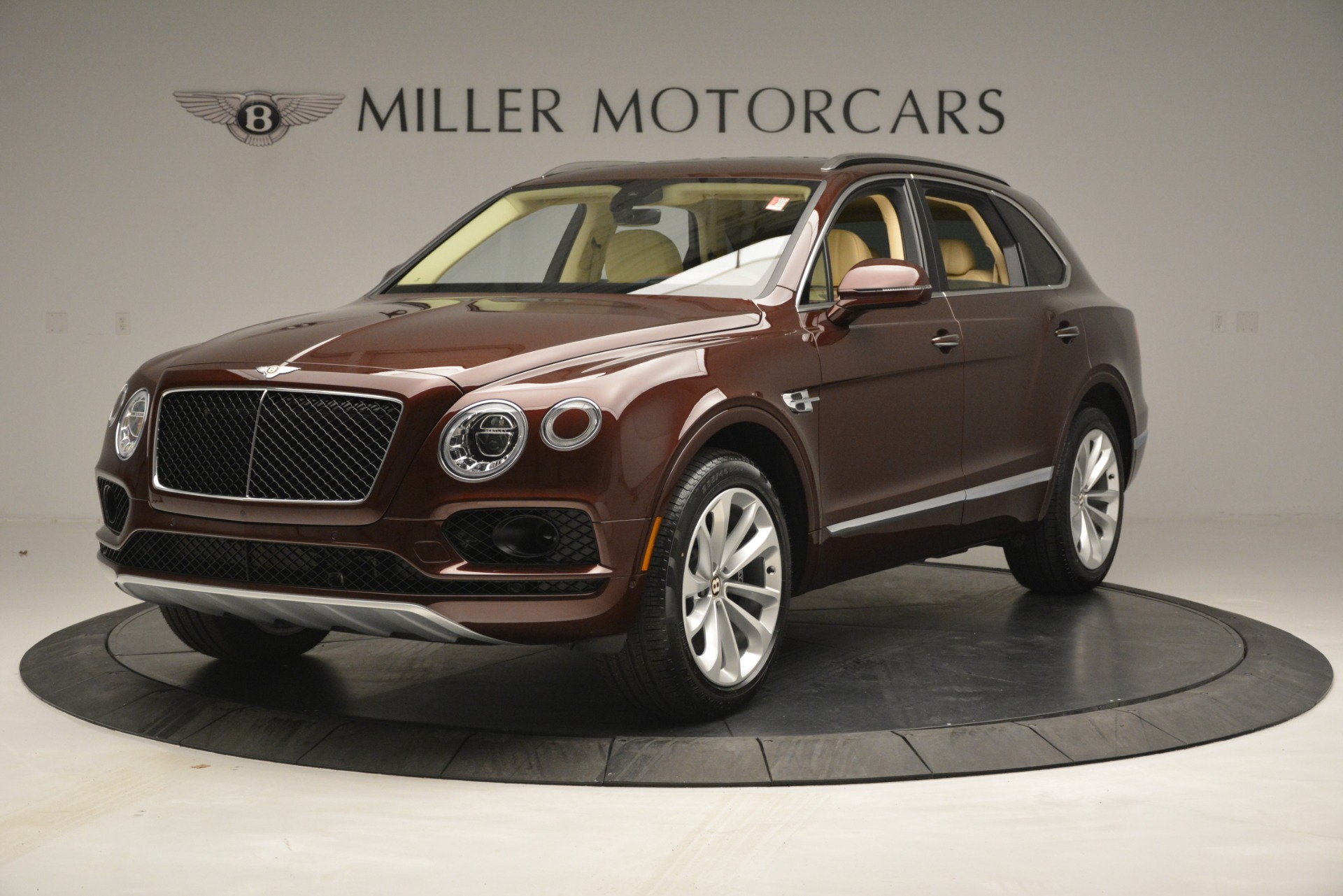 New 2019 Bentley Bentayga V8 For Sale In Greenwich, CT. Alfa Romeo of Greenwich, B1389