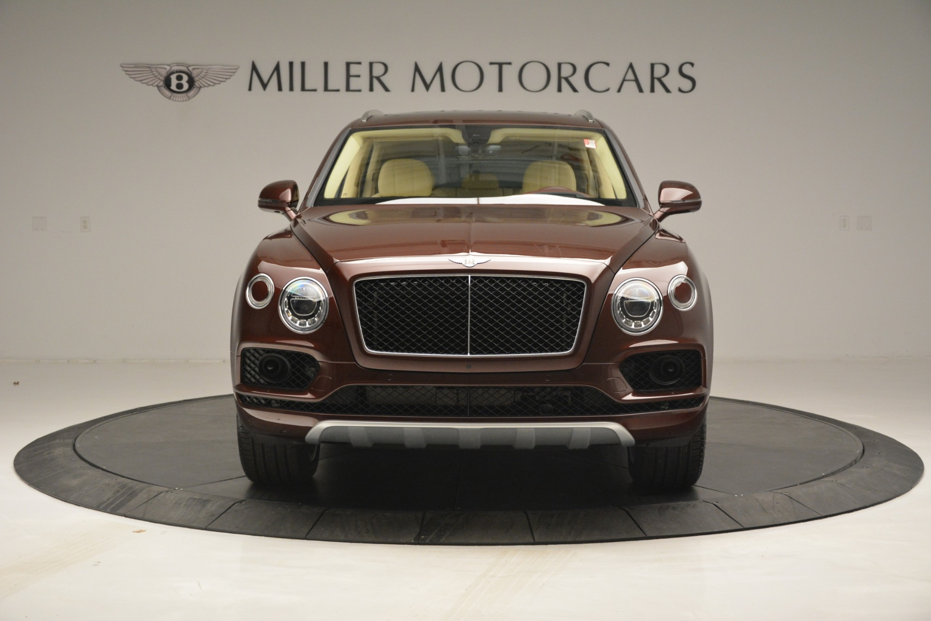 New 2019 Bentley Bentayga V8 For Sale In Greenwich, CT. Alfa Romeo of Greenwich, B1389 2702_p12