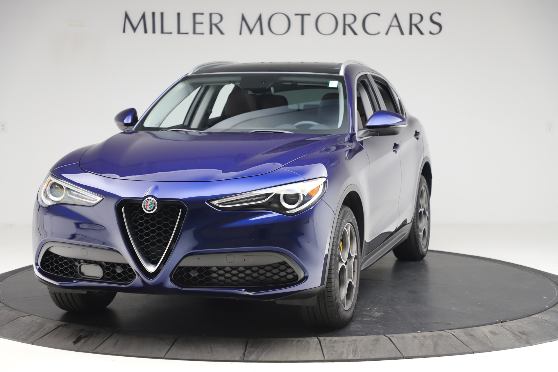 New 2019 Alfa Romeo Stelvio Q4 For Sale In Greenwich, CT. Alfa Romeo of Greenwich, L505 2707_main