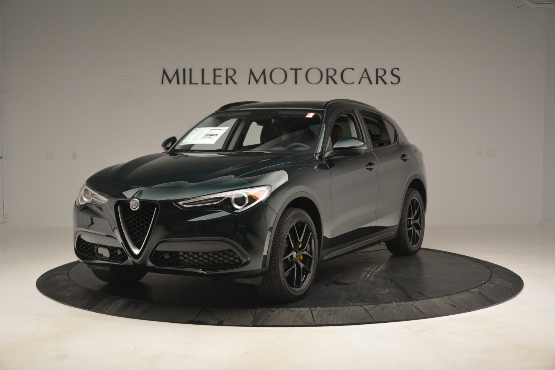 New 2019 Alfa Romeo Stelvio Sport Q4 For Sale In Greenwich, CT. Alfa Romeo of Greenwich, L507