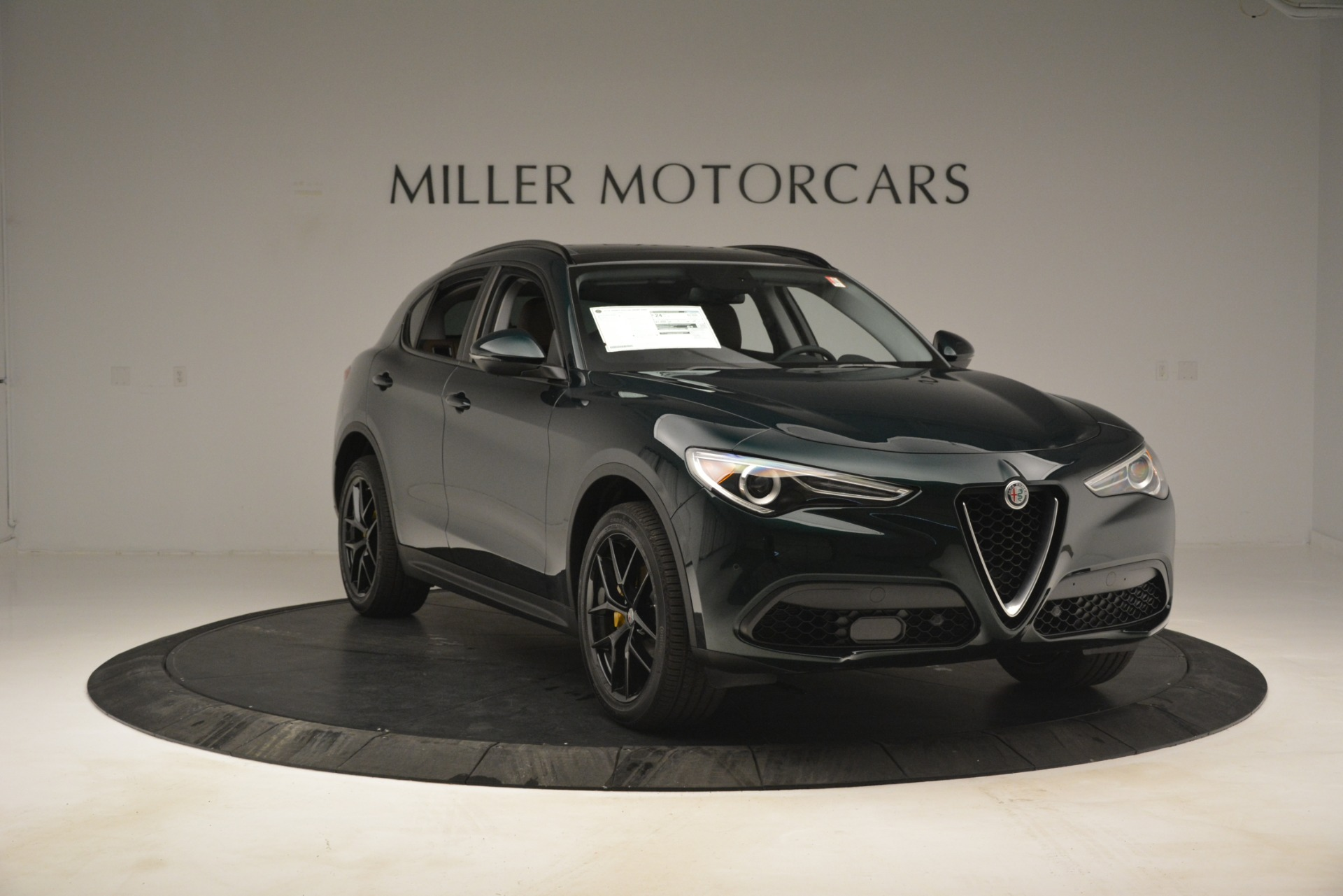 New 2019 Alfa Romeo Stelvio Sport Q4 For Sale In Greenwich, CT. Alfa Romeo of Greenwich, L507 2709_p11