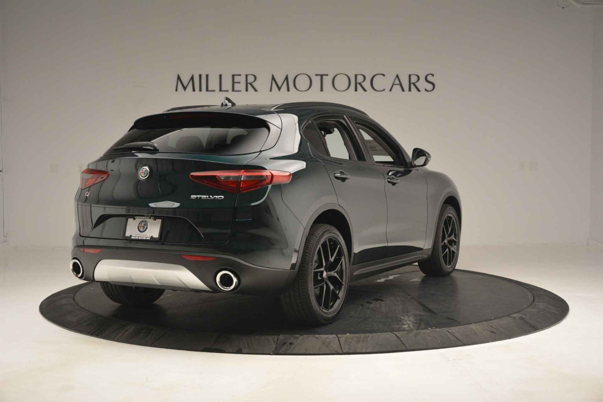 New 2019 Alfa Romeo Stelvio Sport Q4 For Sale In Greenwich, CT. Alfa Romeo of Greenwich, L507 2709_p7