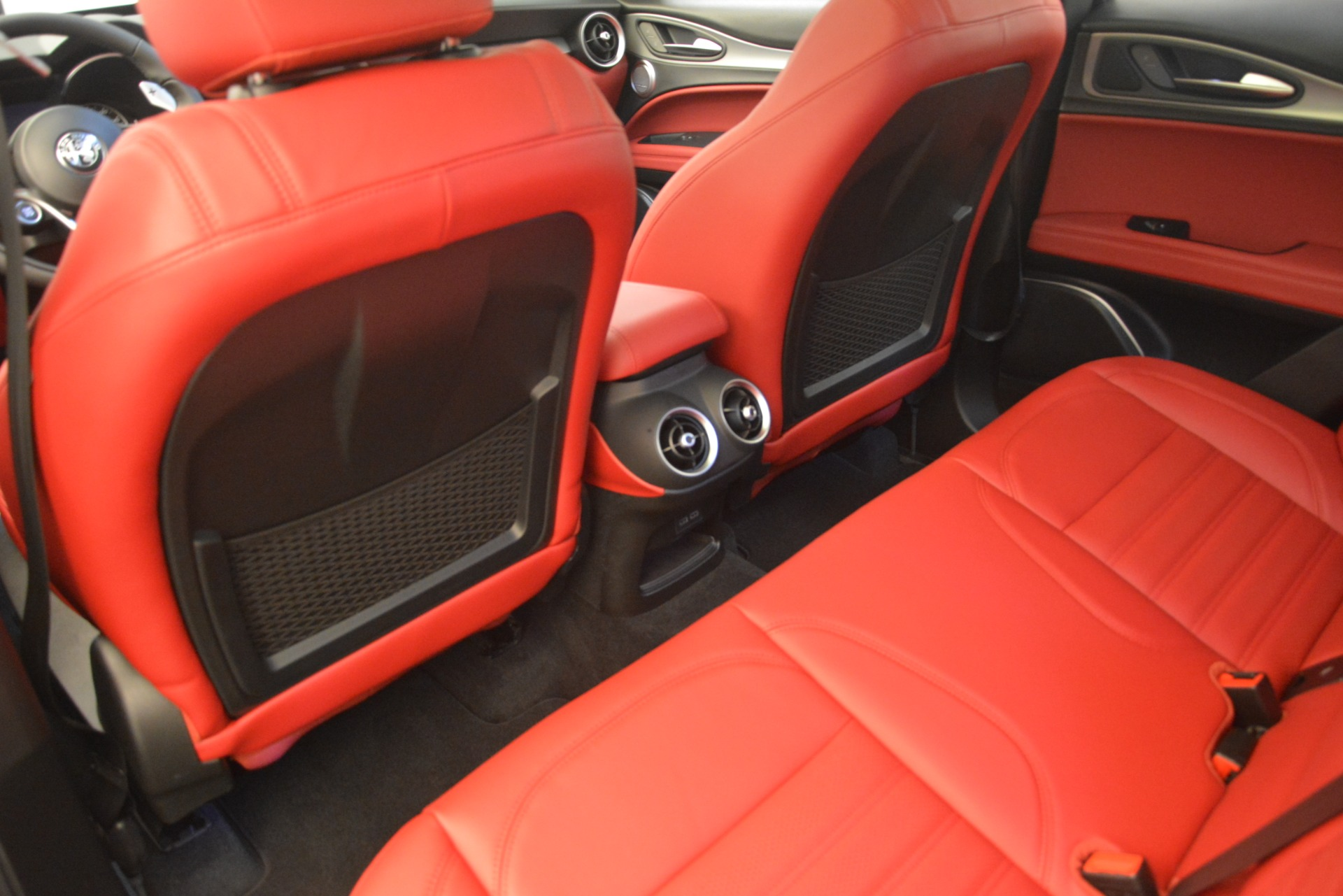 New 2019 Alfa Romeo Stelvio Ti Sport Q4 For Sale In Greenwich, CT. Alfa Romeo of Greenwich, LW259 2711_p16