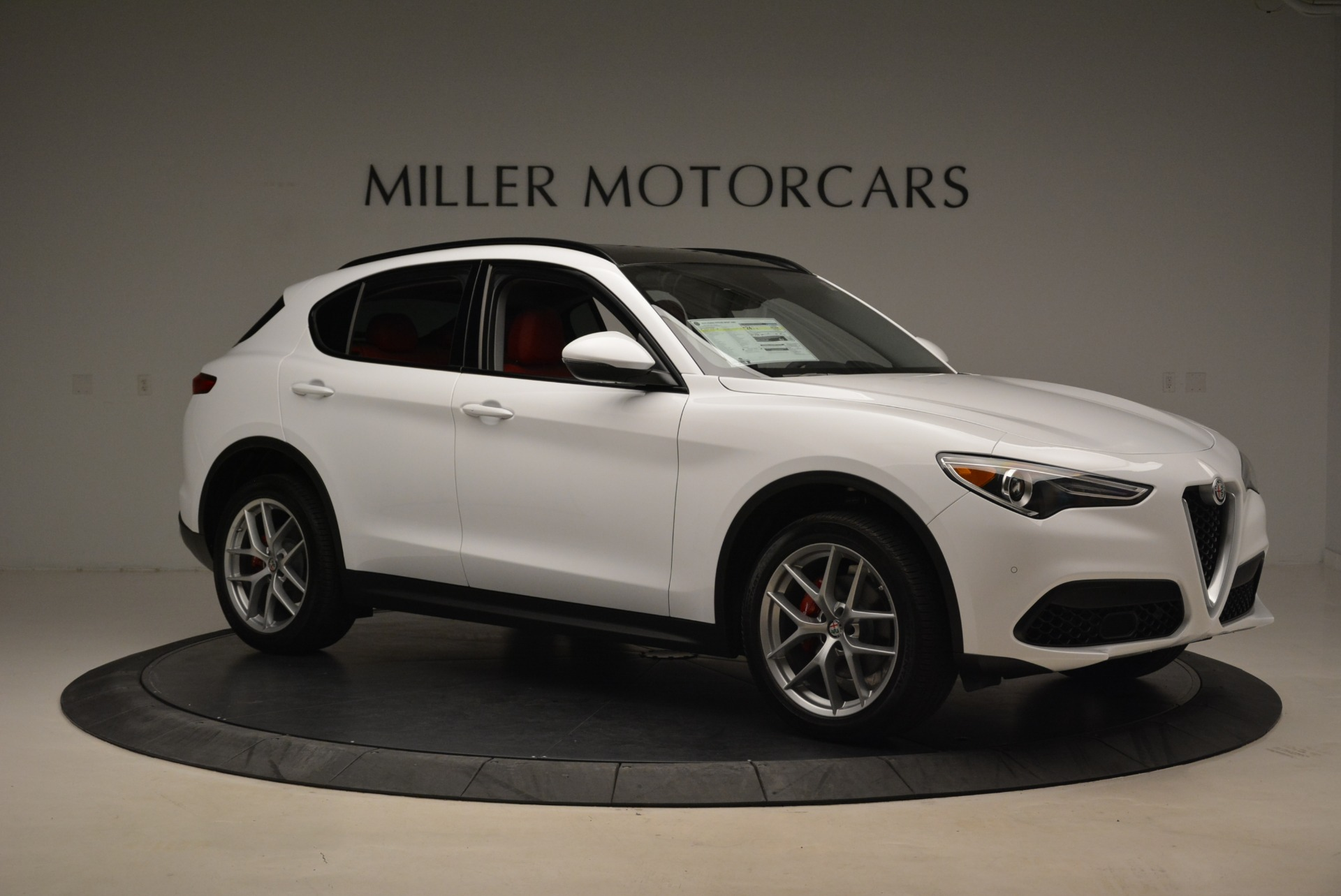 New 2019 Alfa Romeo Stelvio Ti Sport Q4 For Sale In Greenwich, CT. Alfa Romeo of Greenwich, LW261 2713_p10