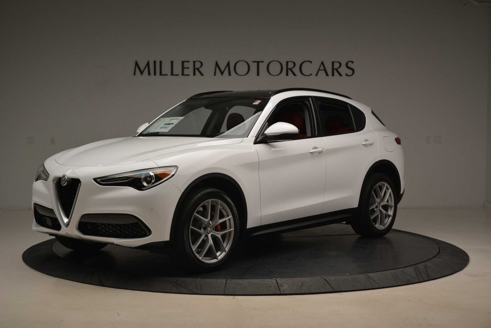 New 2019 Alfa Romeo Stelvio Ti Sport Q4 For Sale In Greenwich, CT. Alfa Romeo of Greenwich, LW261 2713_p2