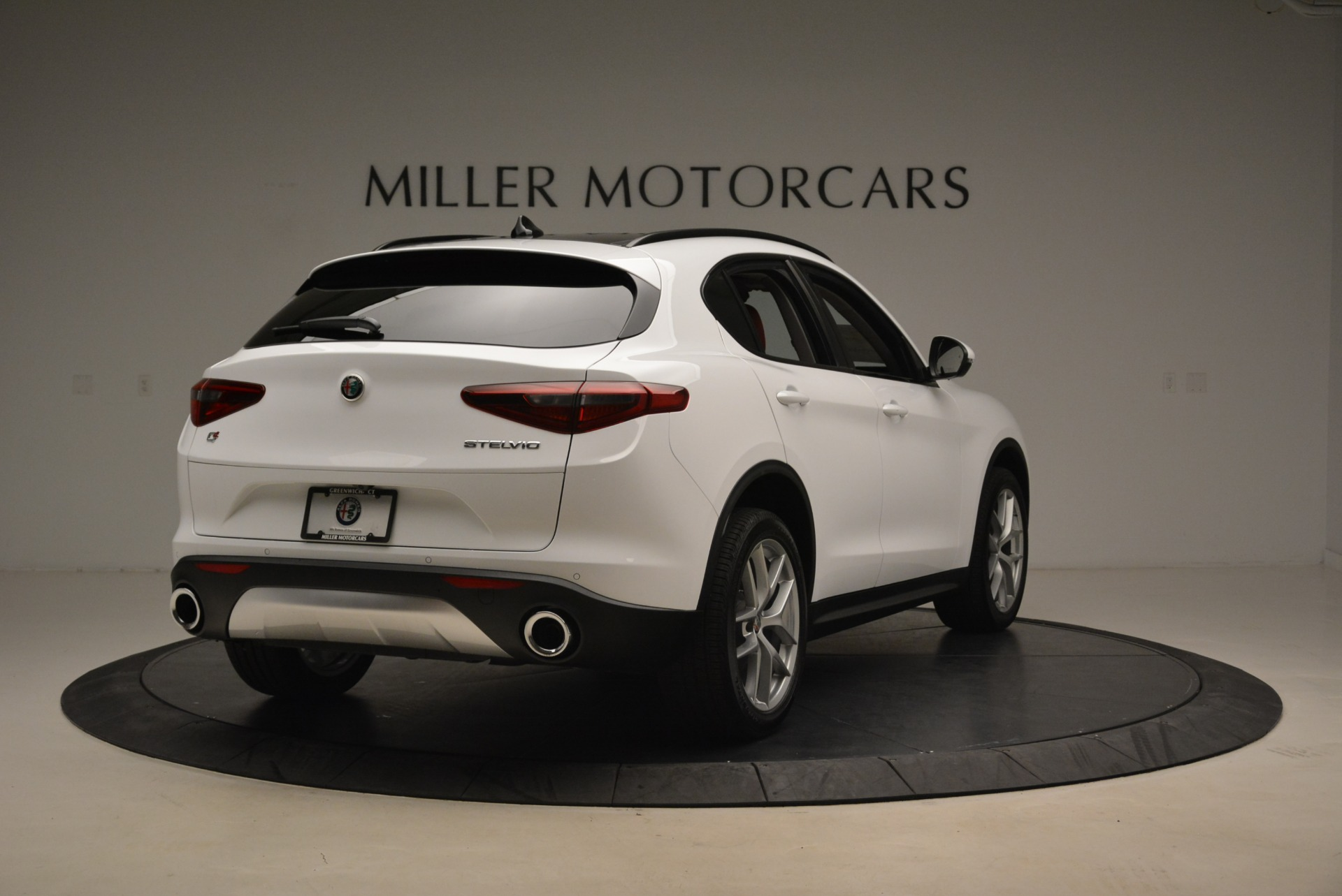 New 2019 Alfa Romeo Stelvio Ti Sport Q4 For Sale In Greenwich, CT. Alfa Romeo of Greenwich, LW261 2713_p7