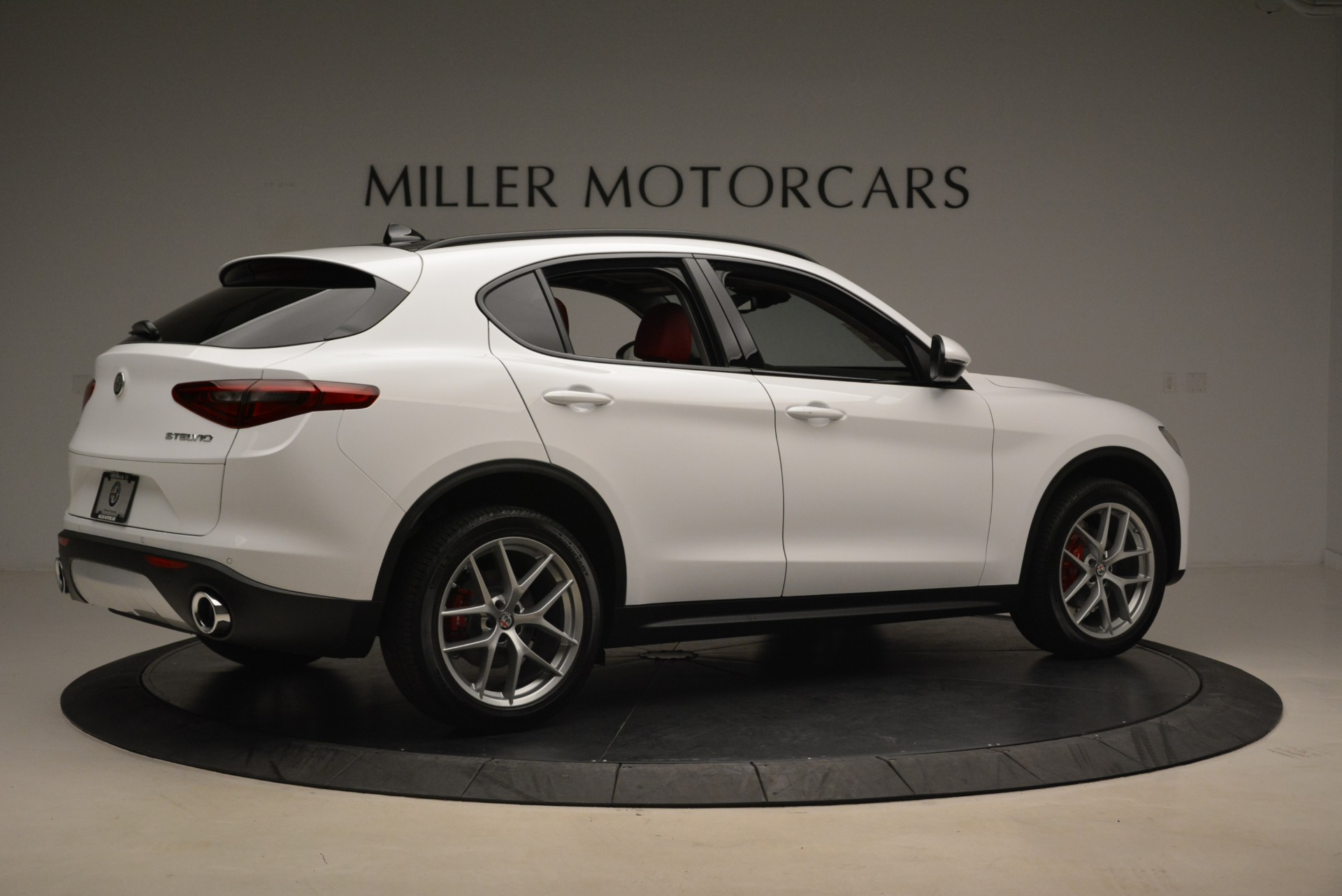 New 2019 Alfa Romeo Stelvio Ti Sport Q4 For Sale In Greenwich, CT. Alfa Romeo of Greenwich, LW261 2713_p8