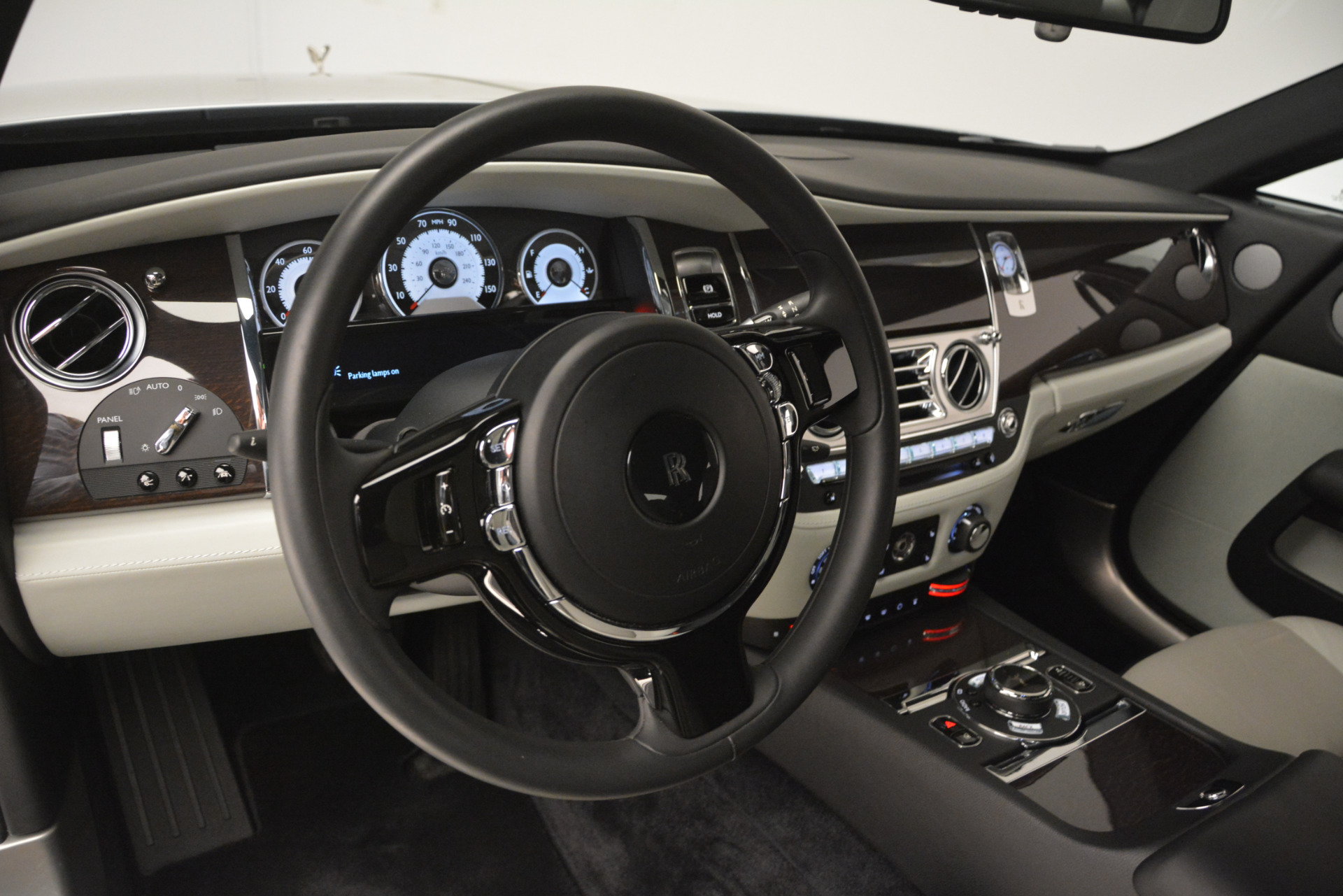 Used 2015 Rolls-Royce Wraith  For Sale In Greenwich, CT. Alfa Romeo of Greenwich, 7442 2716_p13