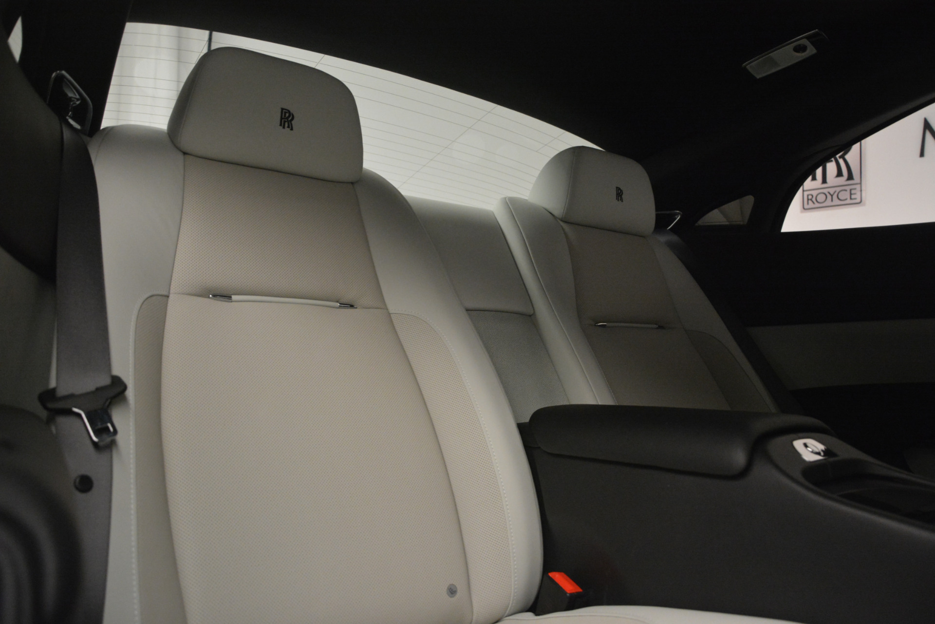Used 2015 Rolls-Royce Wraith  For Sale In Greenwich, CT. Alfa Romeo of Greenwich, 7442 2716_p24