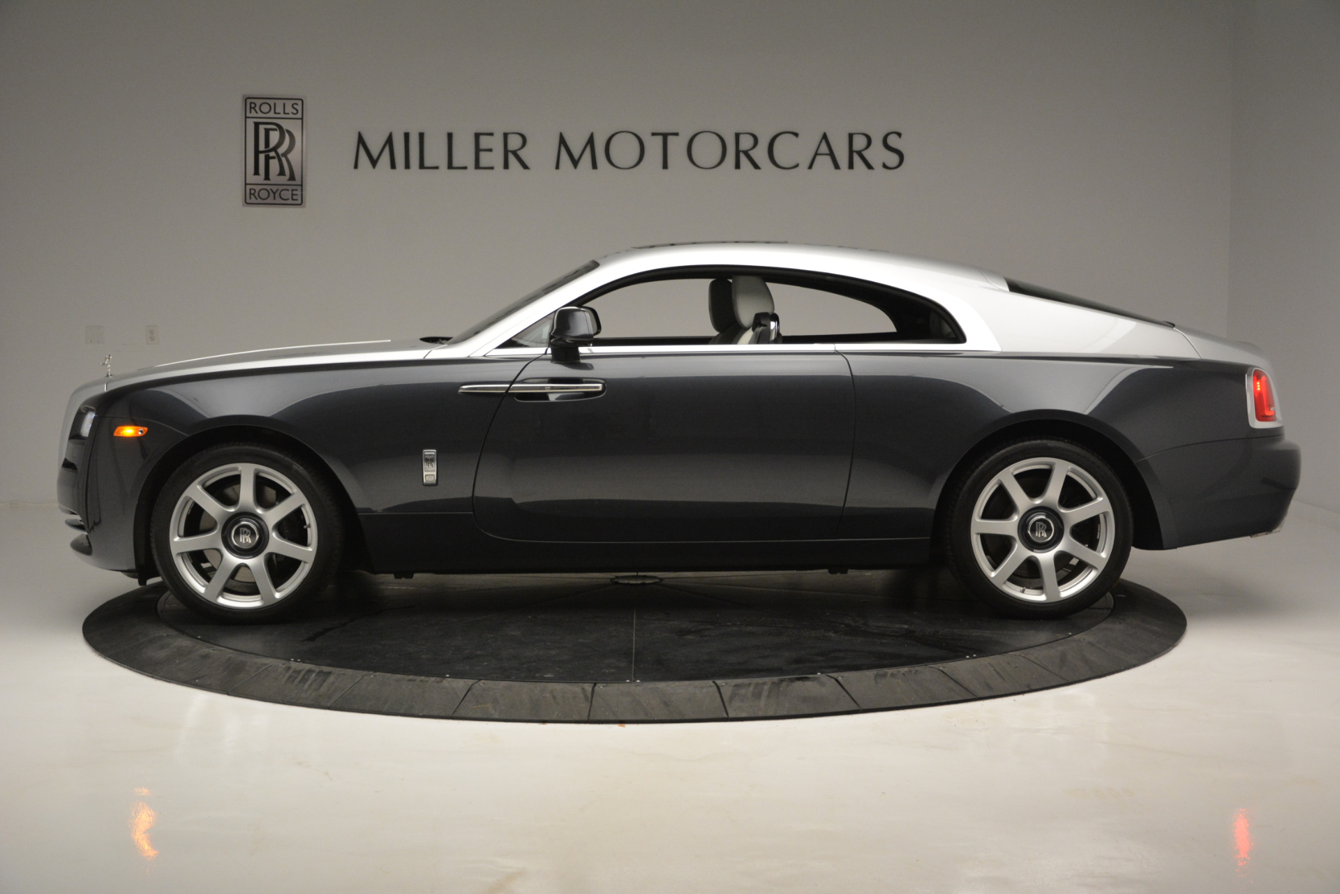 Used 2015 Rolls-Royce Wraith  For Sale In Greenwich, CT. Alfa Romeo of Greenwich, 7442 2716_p2