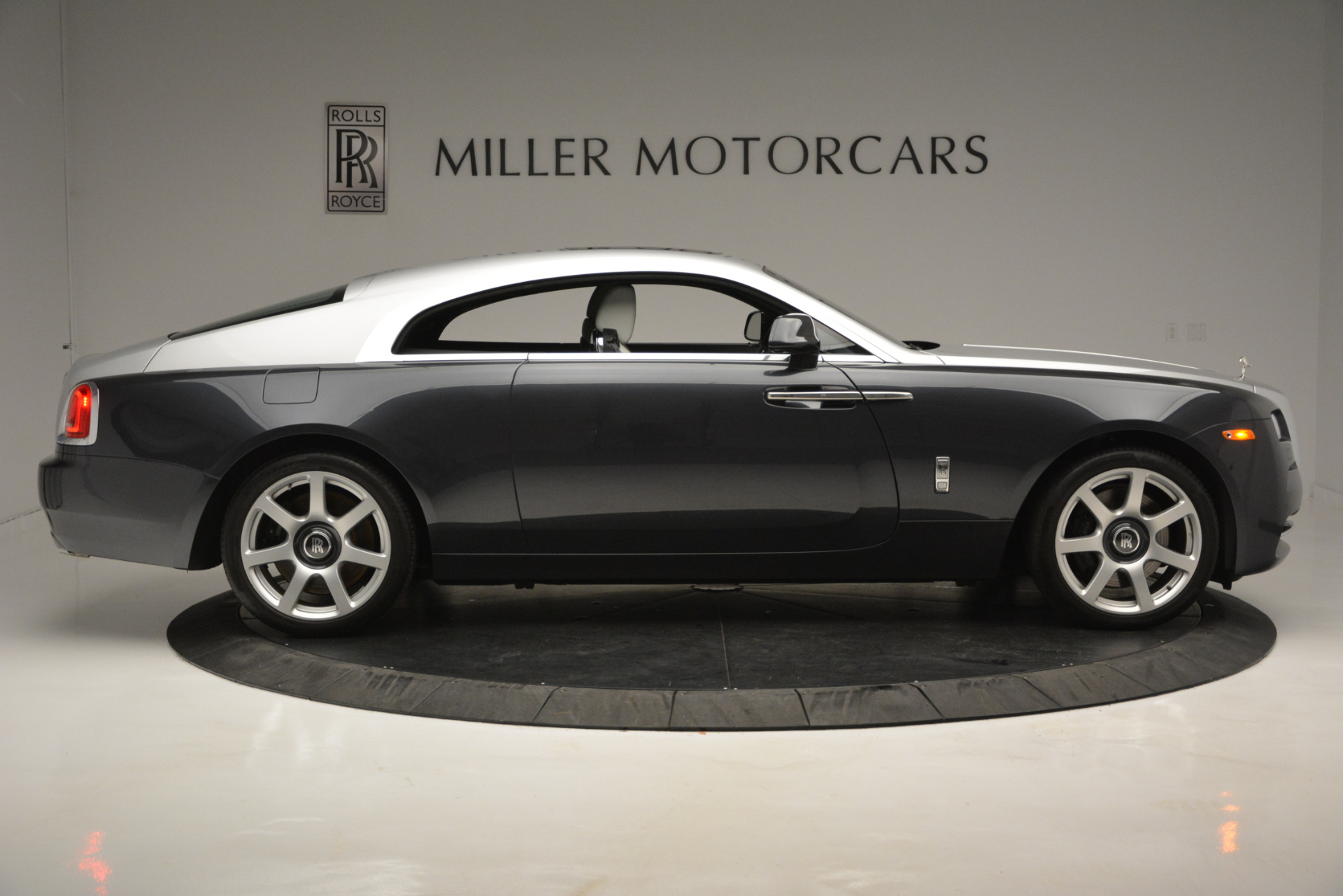 Used 2015 Rolls-Royce Wraith  For Sale In Greenwich, CT. Alfa Romeo of Greenwich, 7442 2716_p6