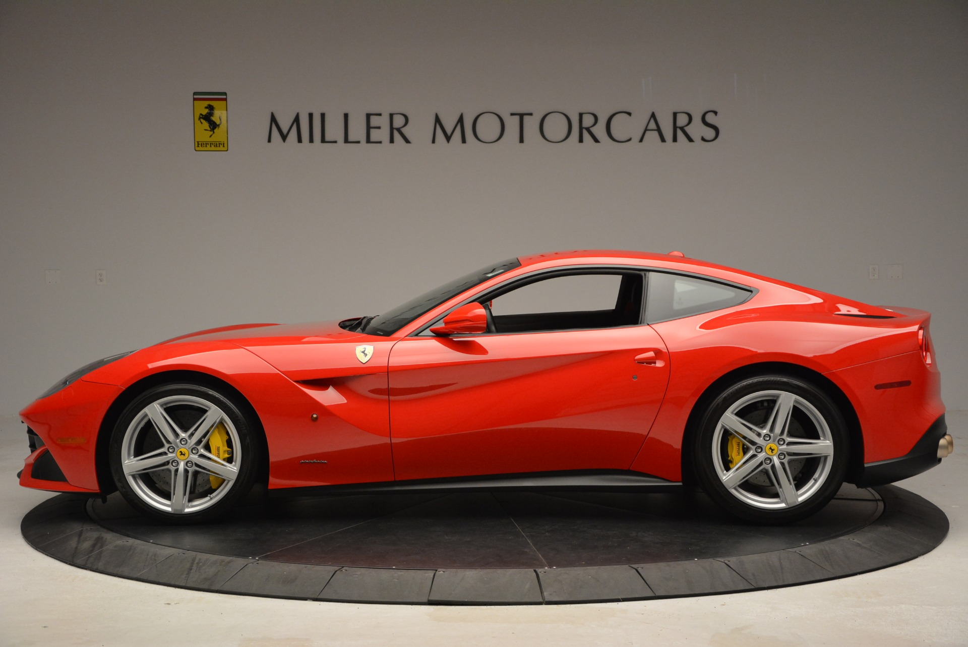 Used 2015 Ferrari F12 Berlinetta  For Sale In Greenwich, CT. Alfa Romeo of Greenwich, 4514 2717_p3