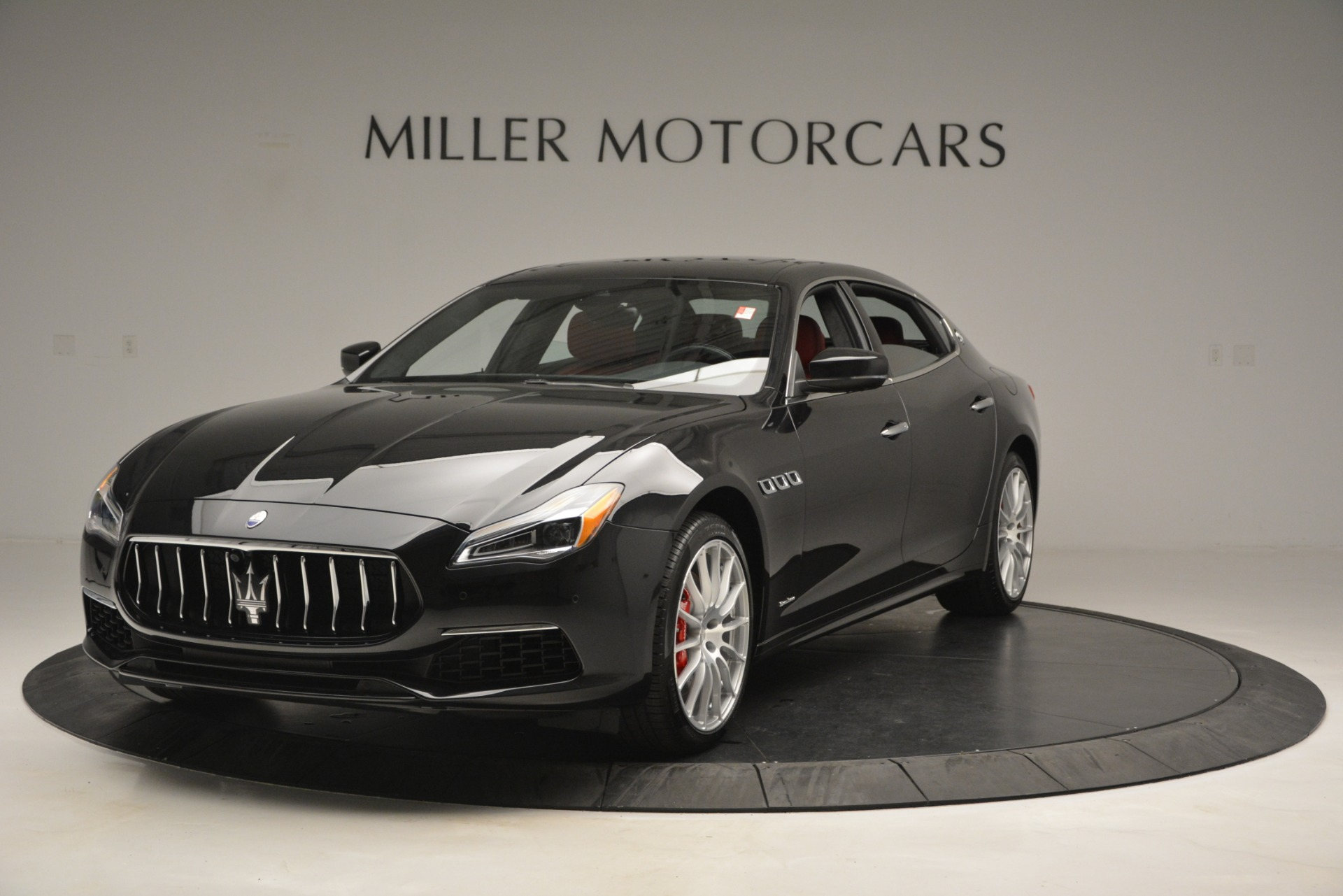 New 2019 Maserati Quattroporte S Q4 GranLusso For Sale In Greenwich, CT. Alfa Romeo of Greenwich, W629 2718_main