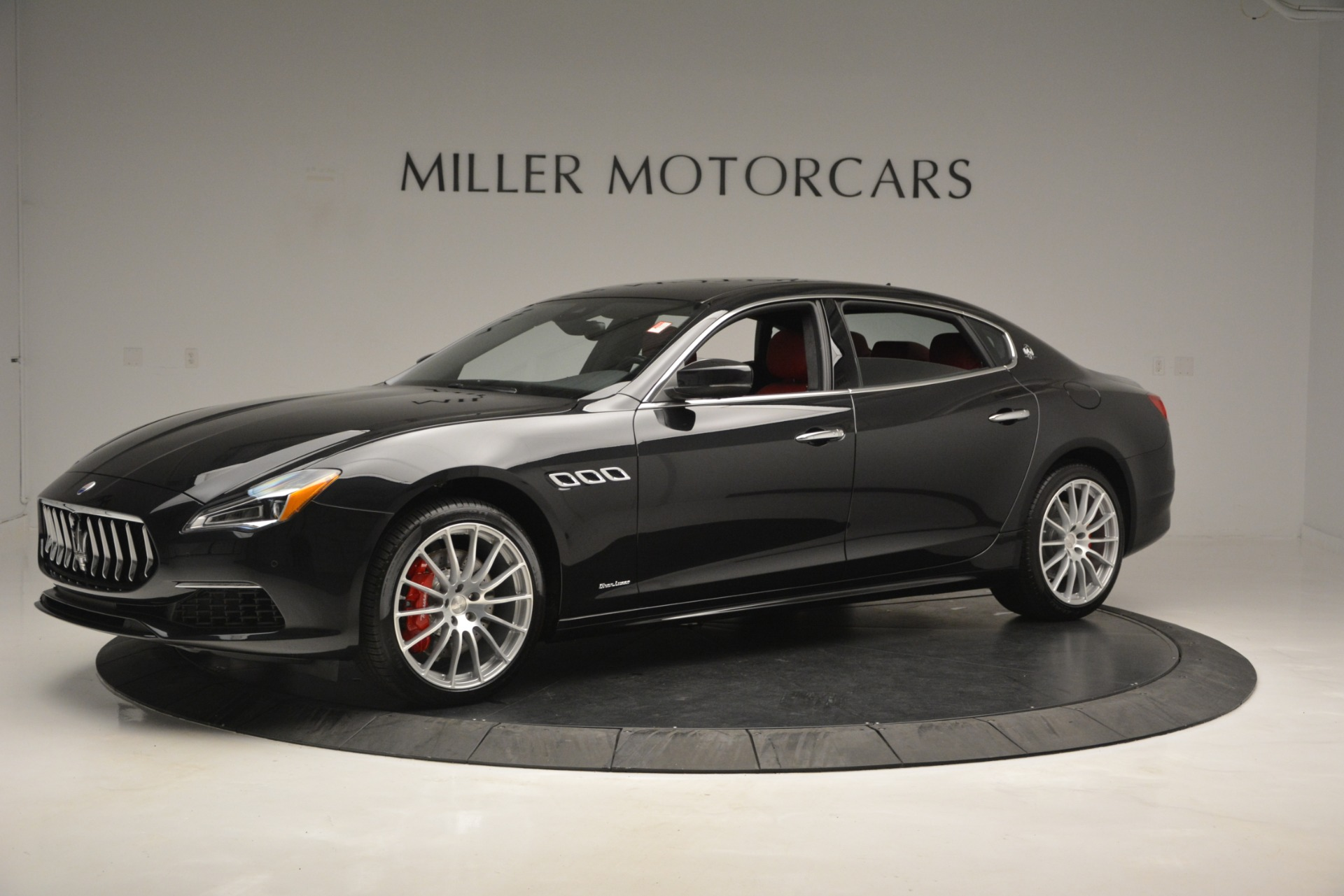 New 2019 Maserati Quattroporte S Q4 GranLusso For Sale In Greenwich, CT. Alfa Romeo of Greenwich, W629 2718_p2