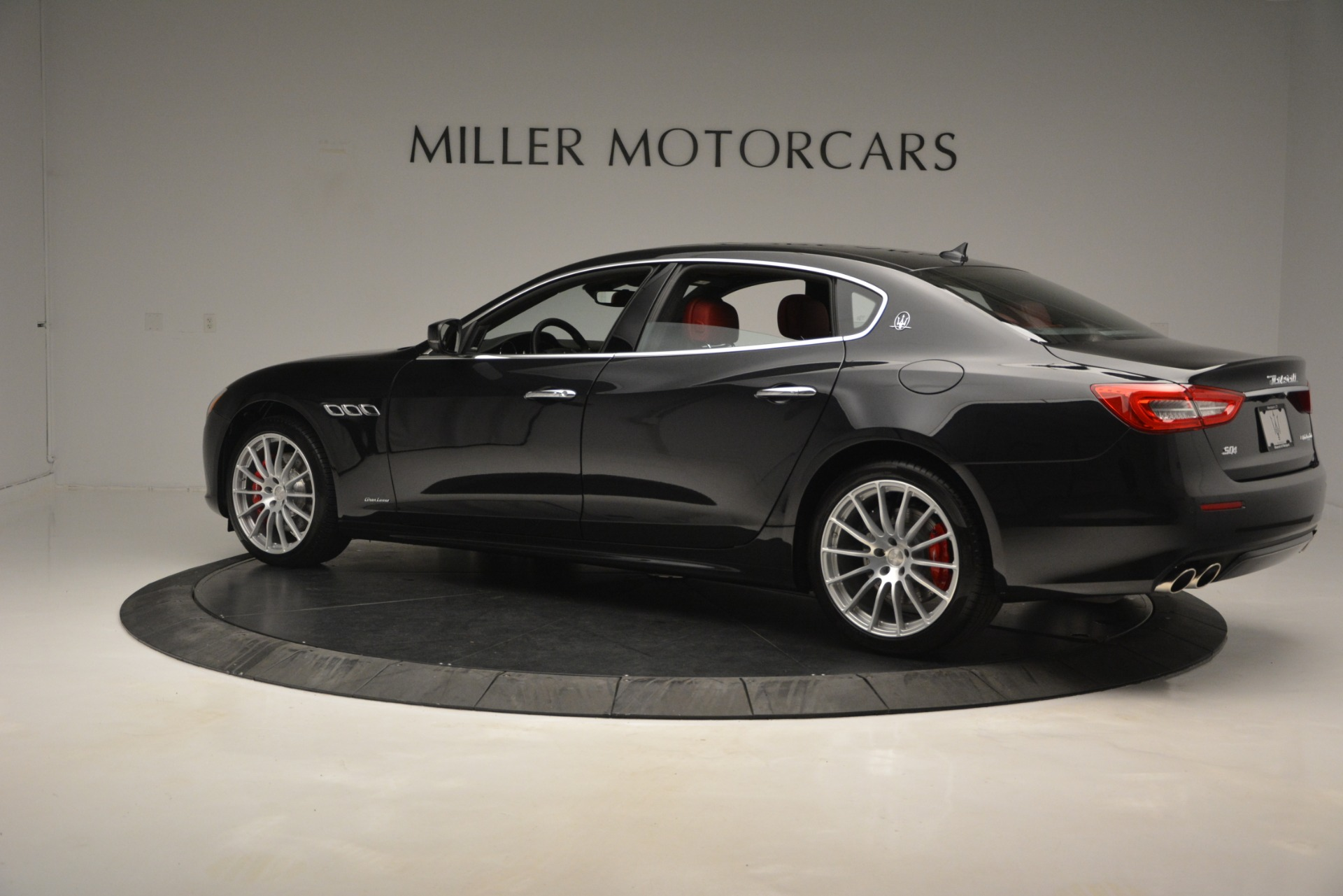 New 2019 Maserati Quattroporte S Q4 GranLusso For Sale In Greenwich, CT. Alfa Romeo of Greenwich, W629 2718_p4