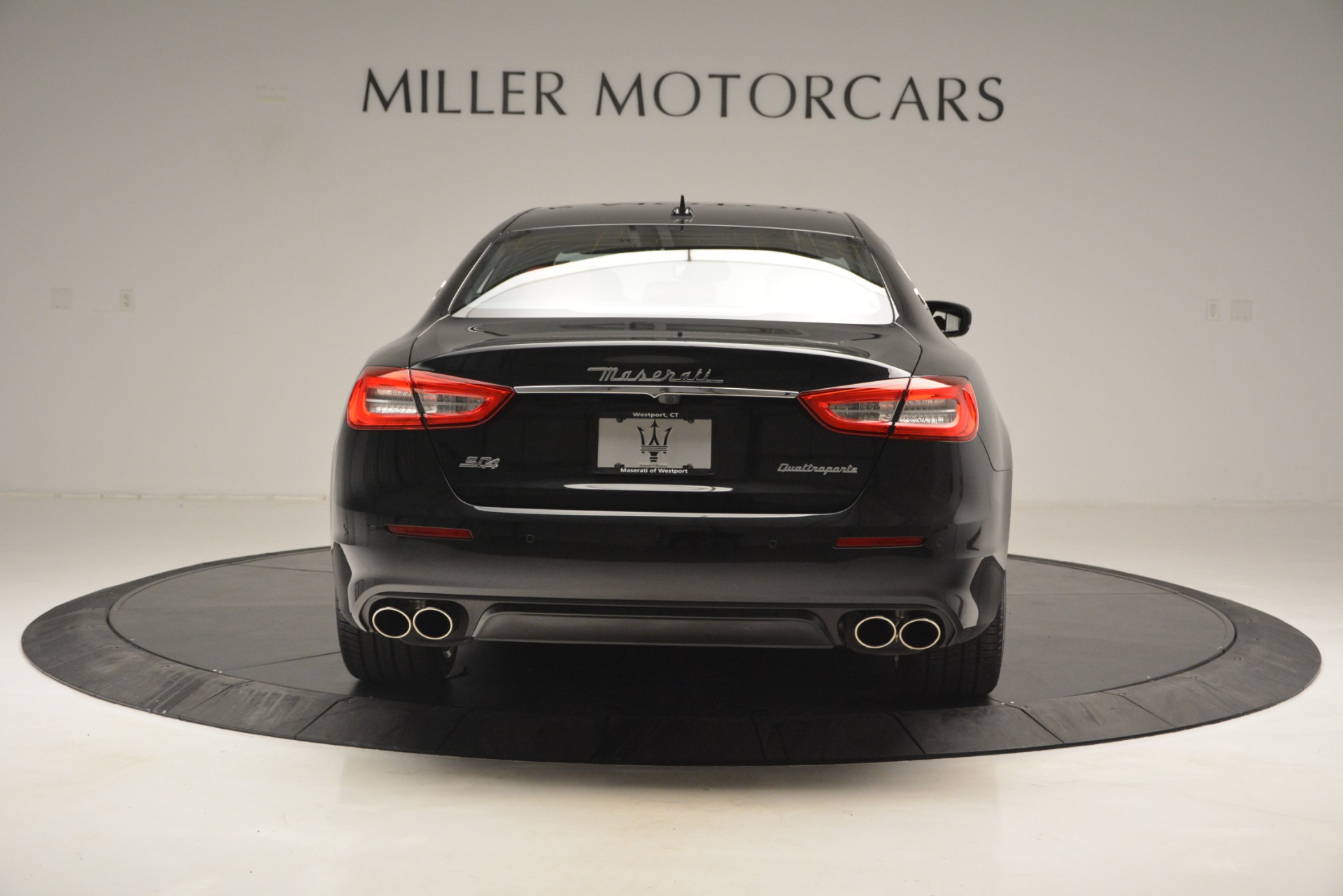 New 2019 Maserati Quattroporte S Q4 GranLusso For Sale In Greenwich, CT. Alfa Romeo of Greenwich, W629 2718_p6
