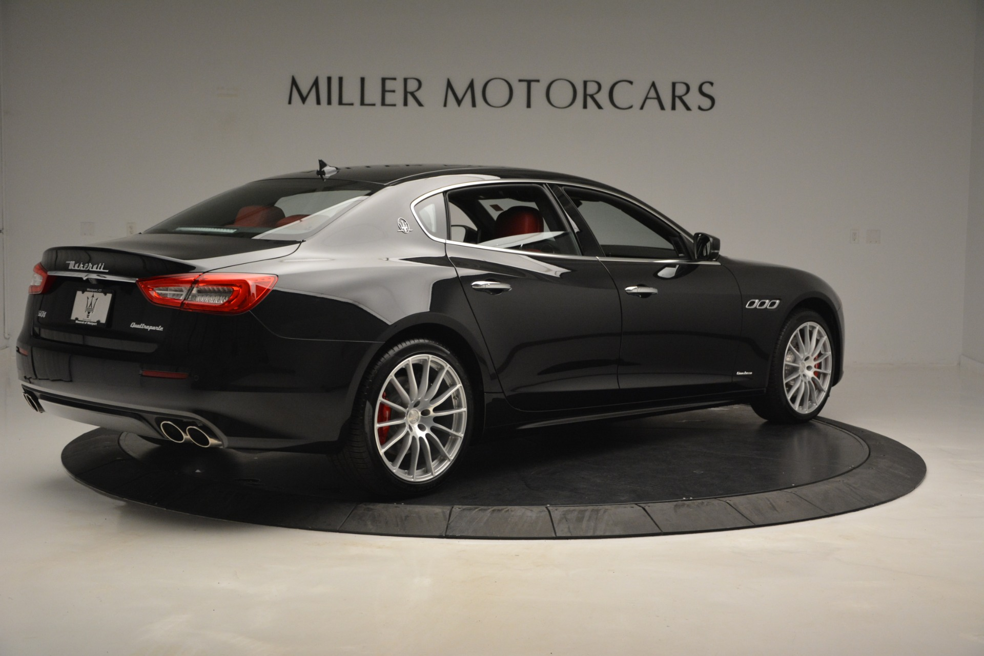 New 2019 Maserati Quattroporte S Q4 GranLusso For Sale In Greenwich, CT. Alfa Romeo of Greenwich, W629 2718_p8