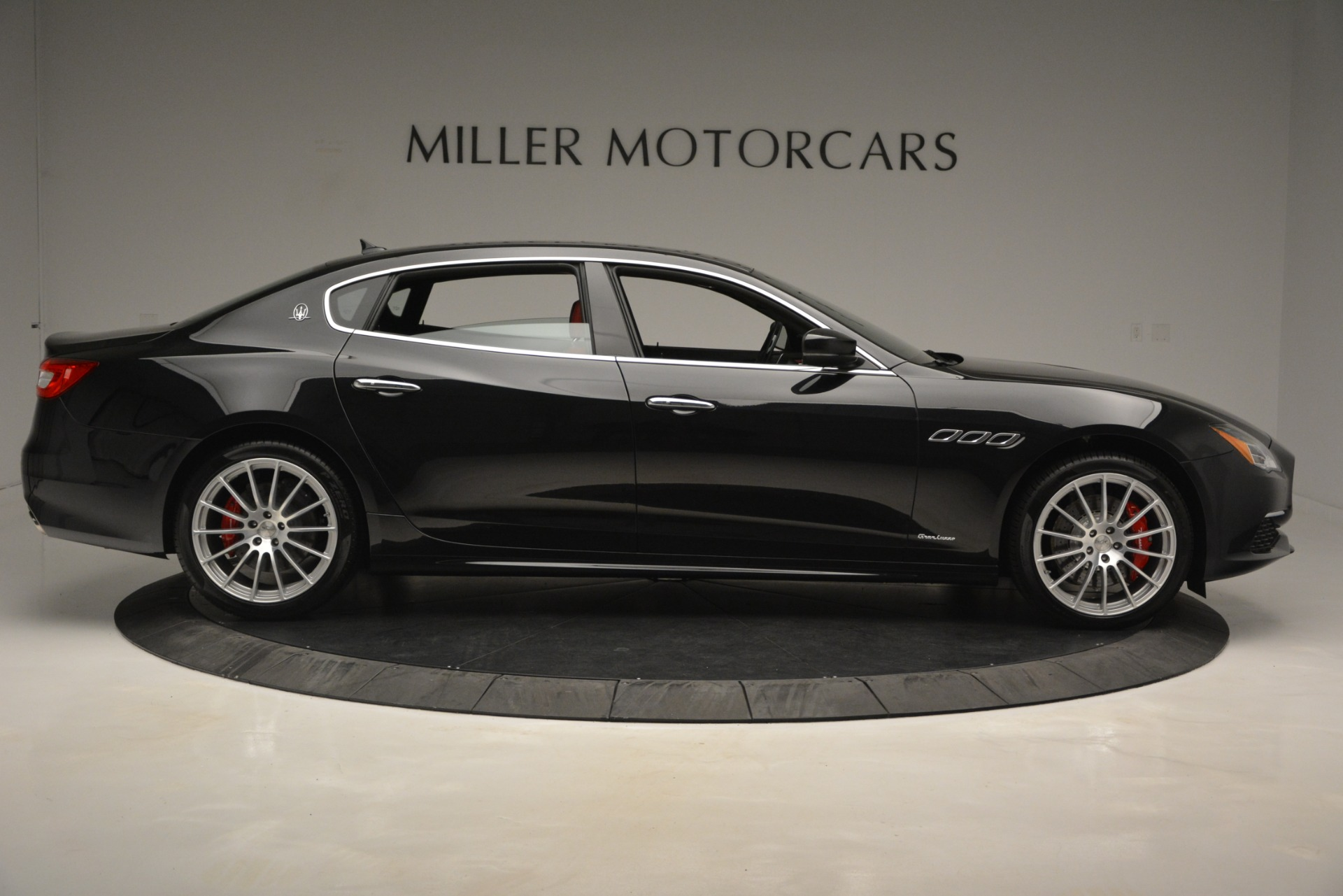 New 2019 Maserati Quattroporte S Q4 GranLusso For Sale In Greenwich, CT. Alfa Romeo of Greenwich, W629 2718_p9