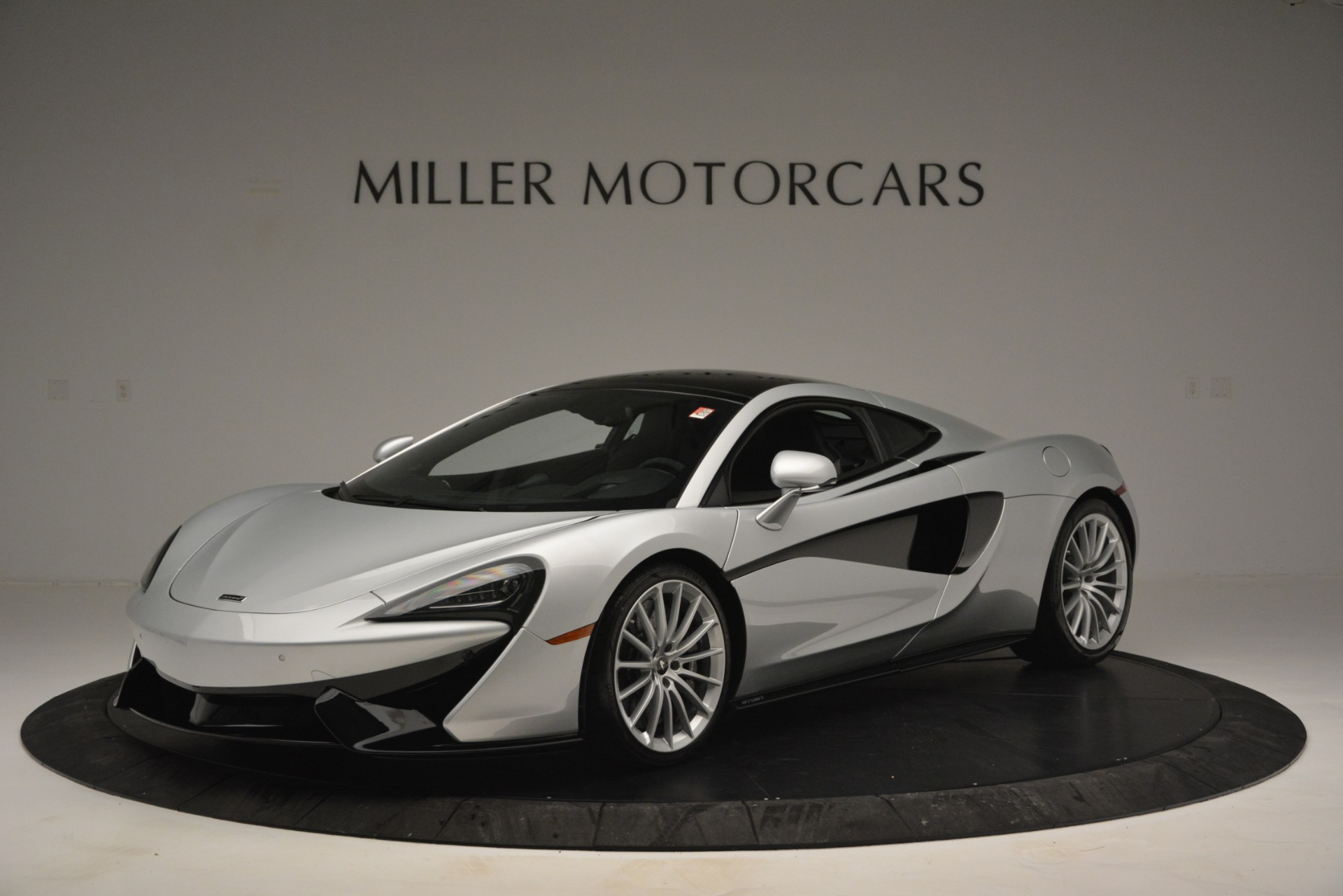 New 2019 McLaren 570GT Coupe For Sale In Greenwich, CT. Alfa Romeo of Greenwich, MC395 2725_main