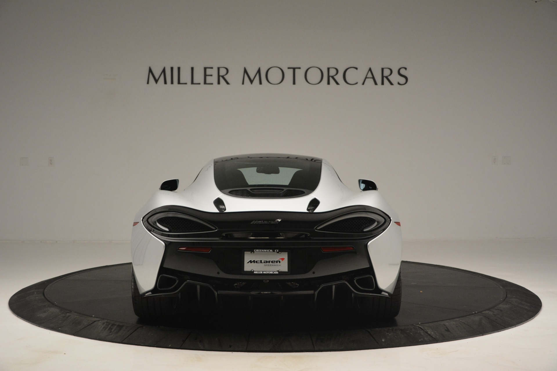 New 2019 McLaren 570GT Coupe For Sale In Greenwich, CT. Alfa Romeo of Greenwich, MC395 2725_p6