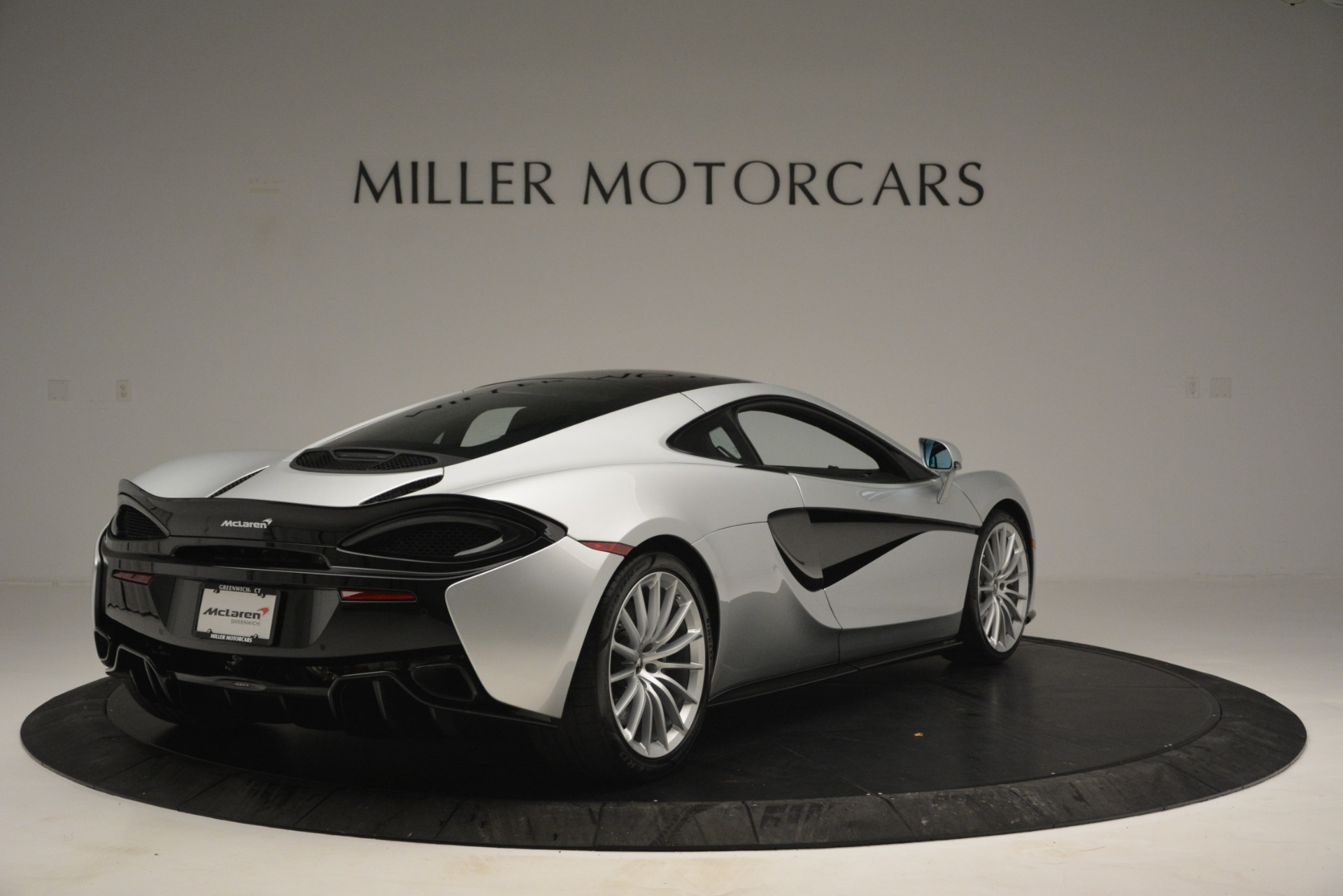 New 2019 McLaren 570GT Coupe For Sale In Greenwich, CT. Alfa Romeo of Greenwich, MC395 2725_p7