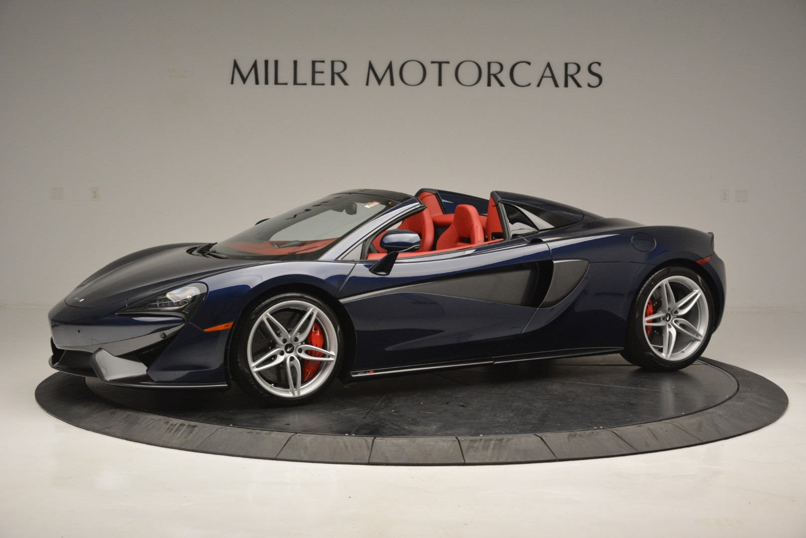 New 2019 McLaren 570S Spider Convertible For Sale In Greenwich, CT. Alfa Romeo of Greenwich, MC390