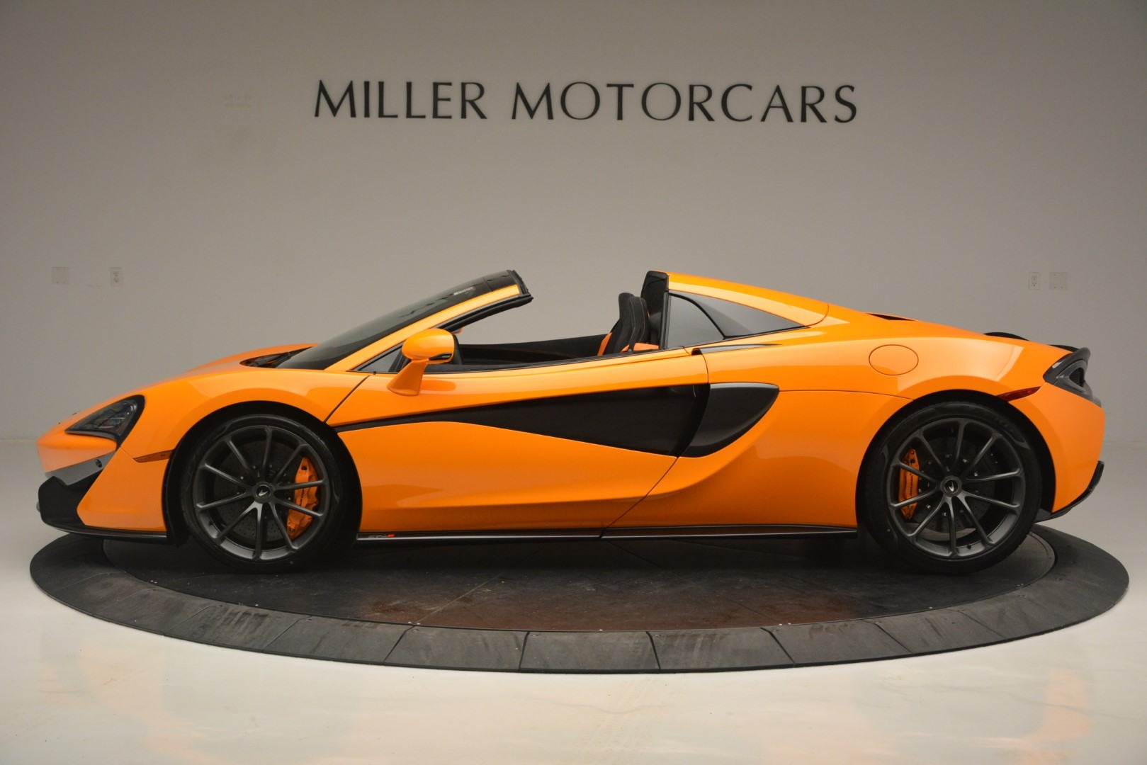 New 2019 McLaren 570S Spider Convertible For Sale In Greenwich, CT. Alfa Romeo of Greenwich, MC393 2728_p3
