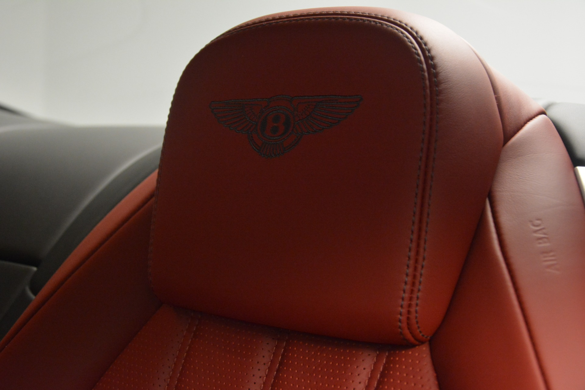 Used 2015 Bentley Continental GT V8 For Sale In Greenwich, CT. Alfa Romeo of Greenwich, 7444 2731_p20