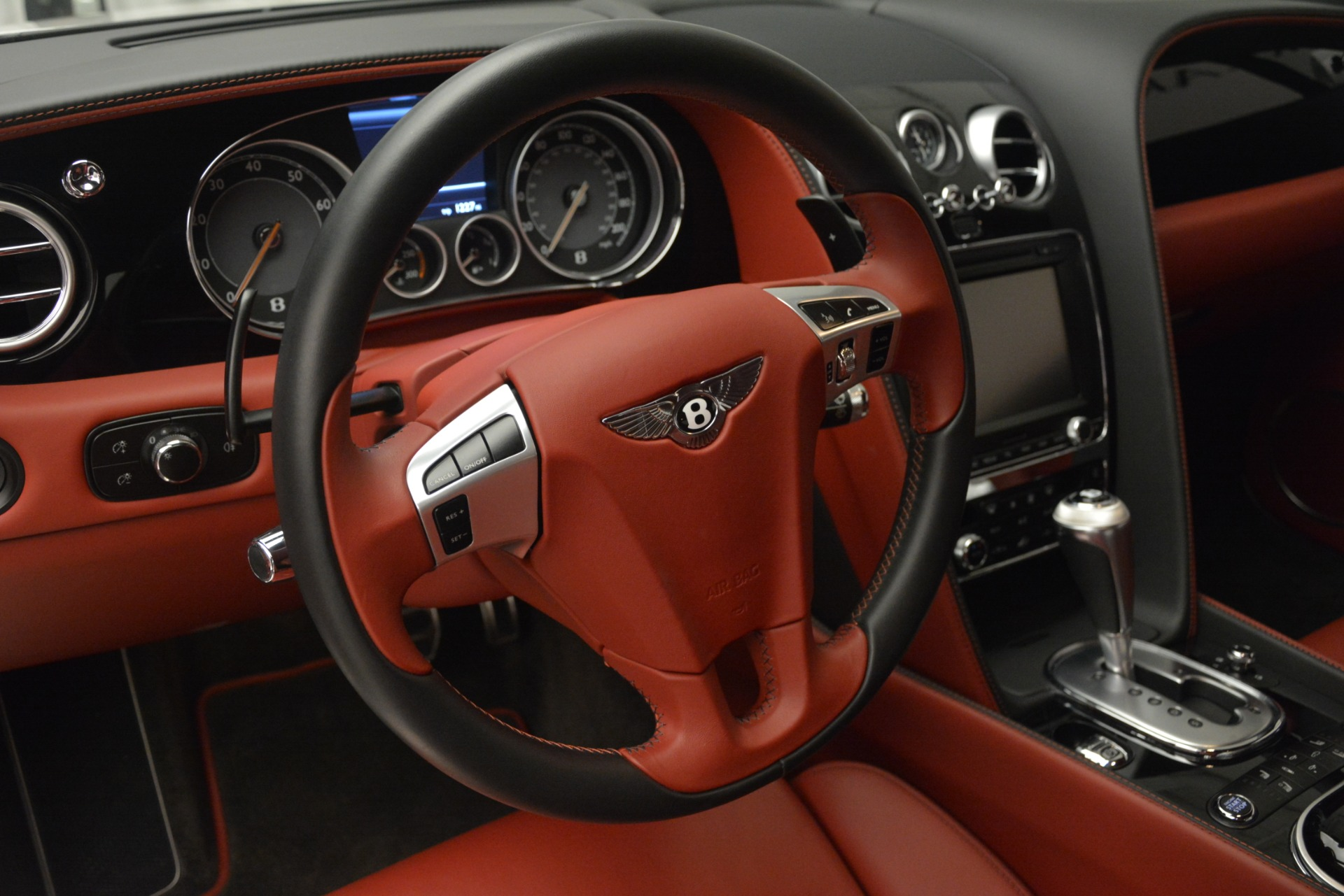 Used 2015 Bentley Continental GT V8 For Sale In Greenwich, CT. Alfa Romeo of Greenwich, 7444 2731_p22