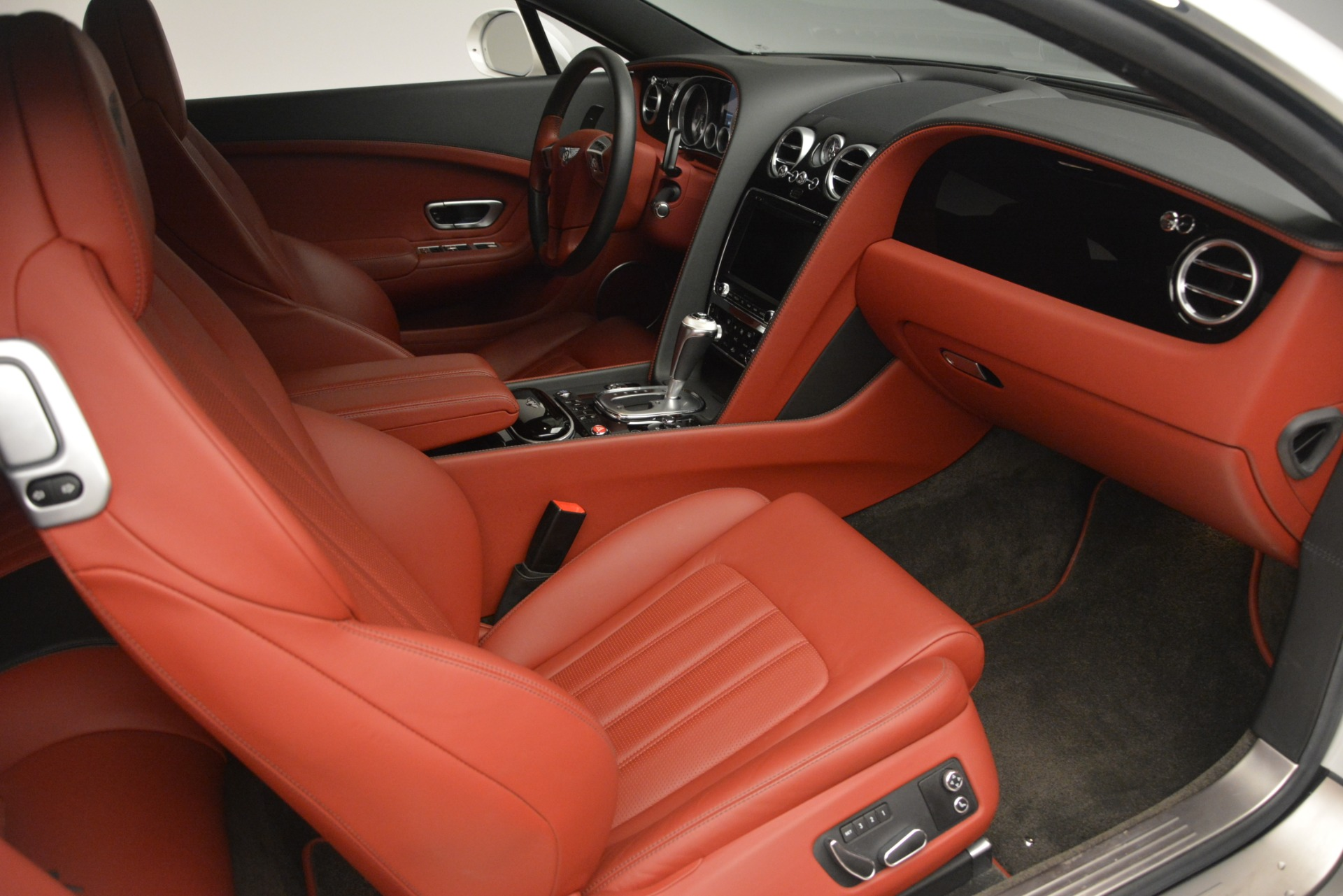 Used 2015 Bentley Continental GT V8 For Sale In Greenwich, CT. Alfa Romeo of Greenwich, 7444 2731_p24