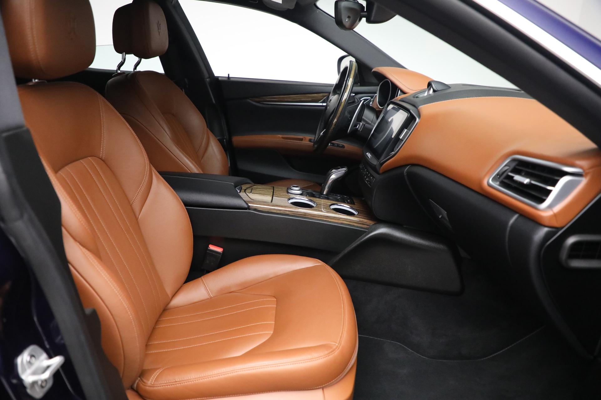 New 2019 Maserati Ghibli S Q4 For Sale In Greenwich, CT. Alfa Romeo of Greenwich, M2213 2736_p17