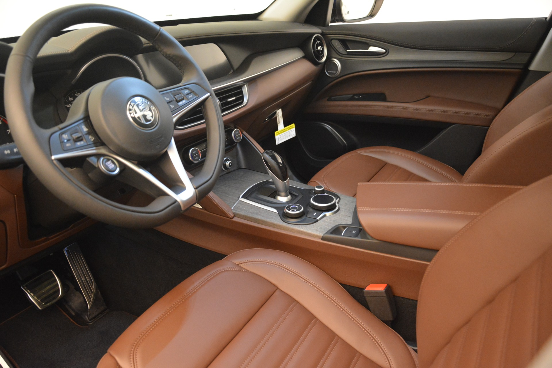New 2019 Alfa Romeo Stelvio Ti Sport Q4 For Sale In Greenwich, CT. Alfa Romeo of Greenwich, LW265 2743_p13