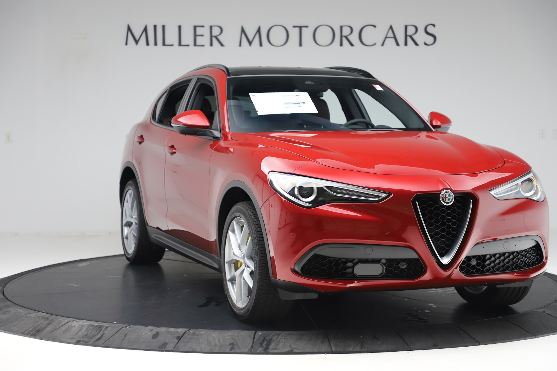 New 2019 Alfa Romeo Stelvio Ti Sport Q4 For Sale In Greenwich, CT. Alfa Romeo of Greenwich, LW266 2744_p11