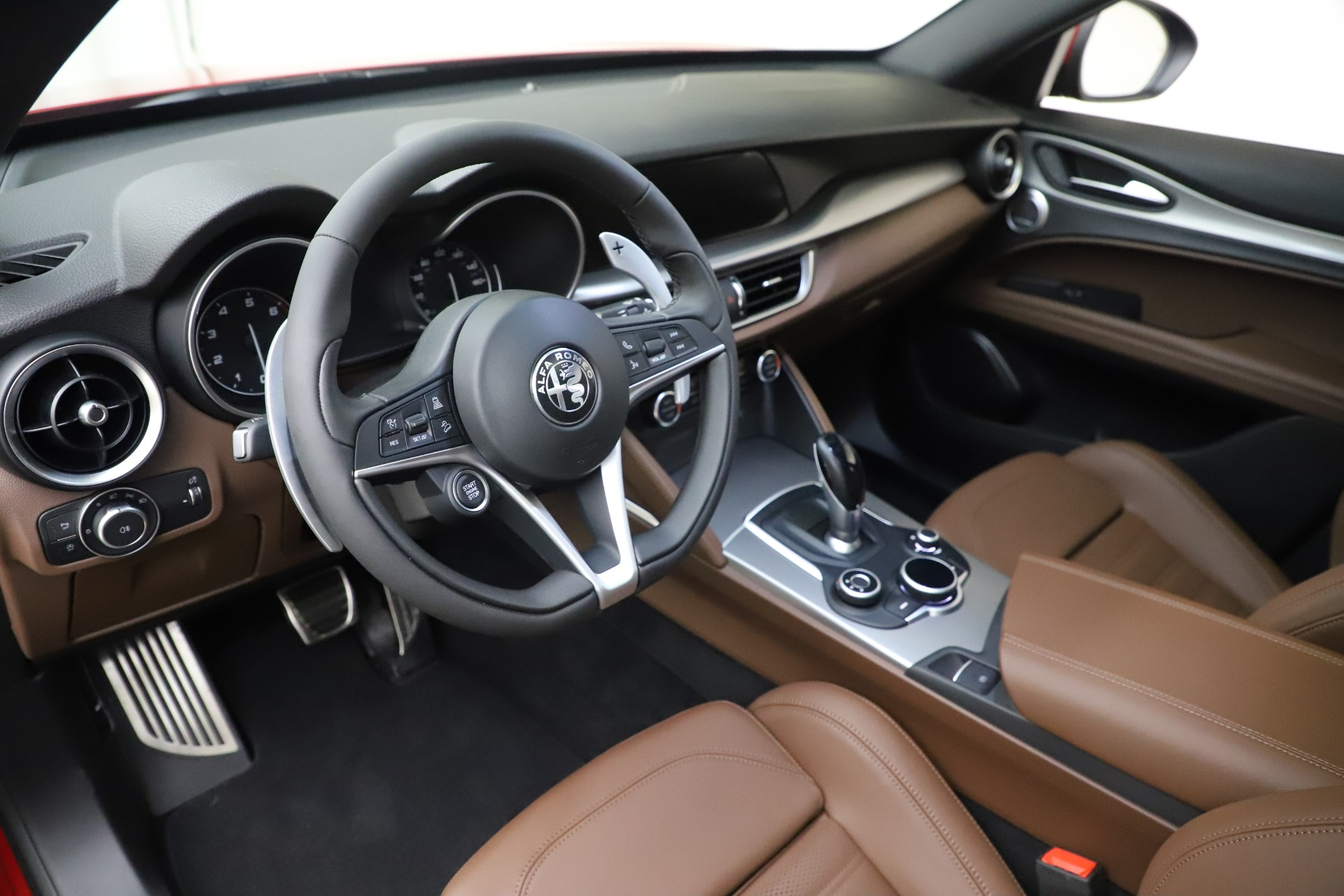 New 2019 Alfa Romeo Stelvio Ti Sport Q4 For Sale In Greenwich, CT. Alfa Romeo of Greenwich, LW266 2744_p13