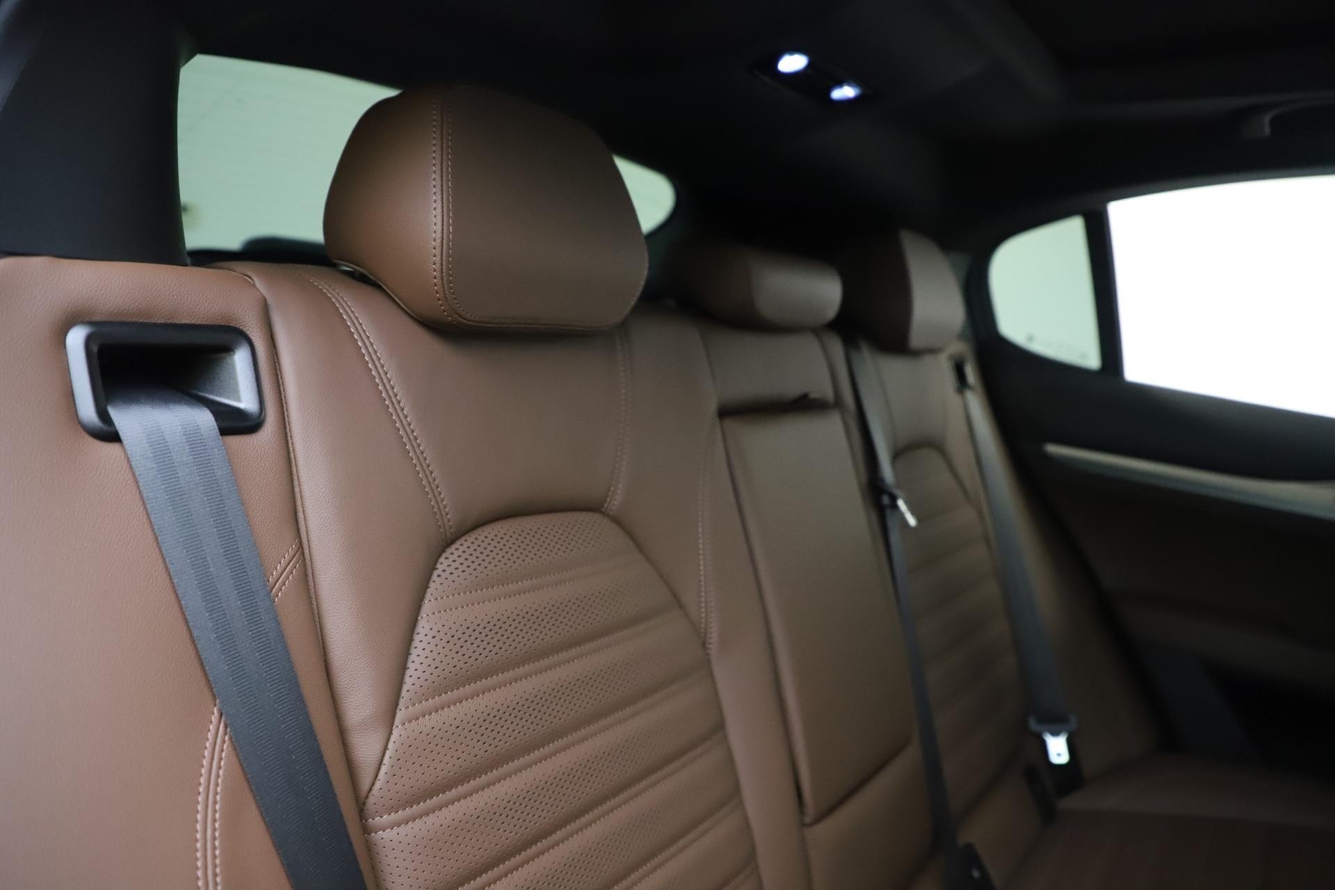 New 2019 Alfa Romeo Stelvio Ti Sport Q4 For Sale In Greenwich, CT. Alfa Romeo of Greenwich, LW266 2744_p26
