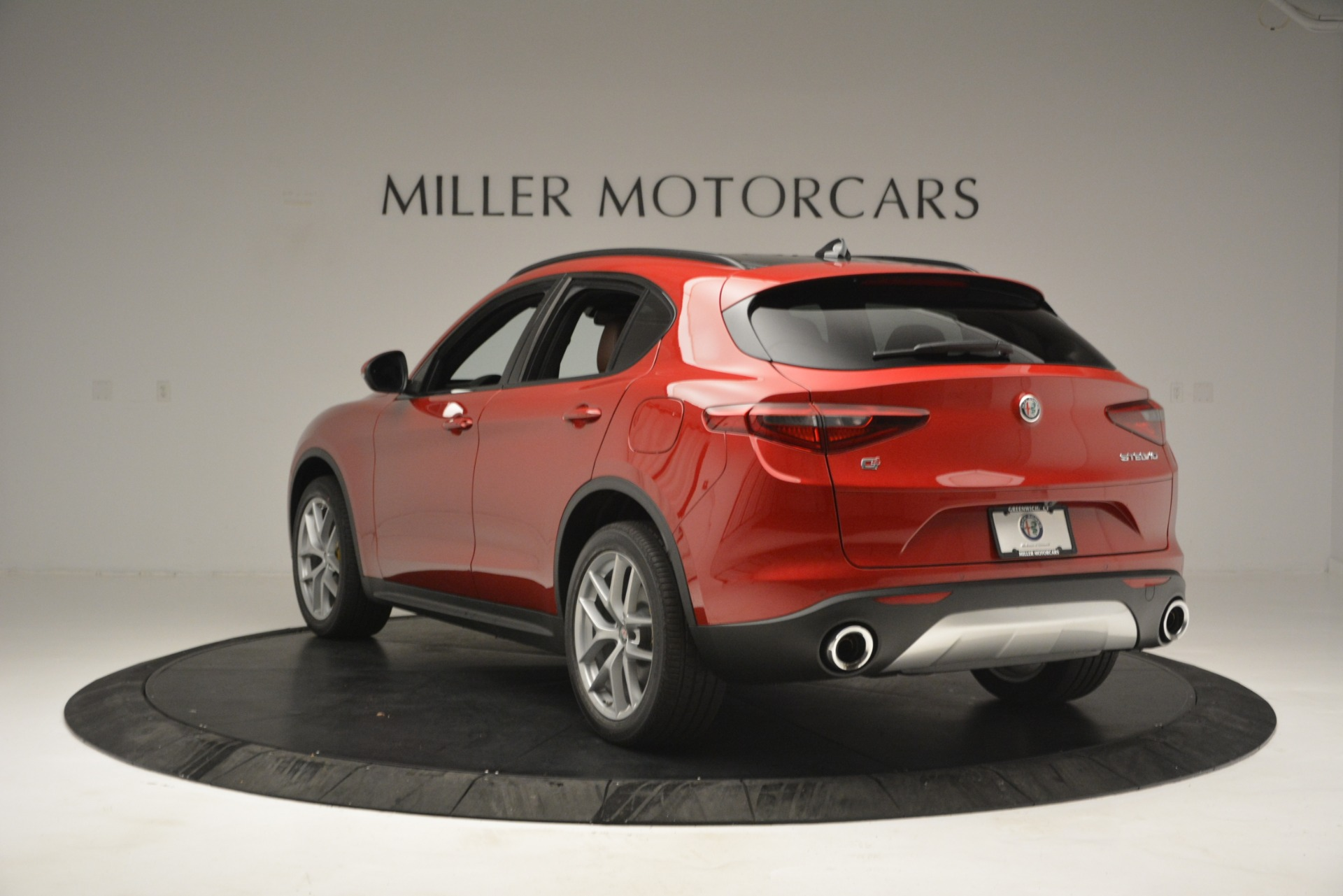 New 2019 Alfa Romeo Stelvio Ti Sport Q4 For Sale In Greenwich, CT. Alfa Romeo of Greenwich, LW268 2747_p5