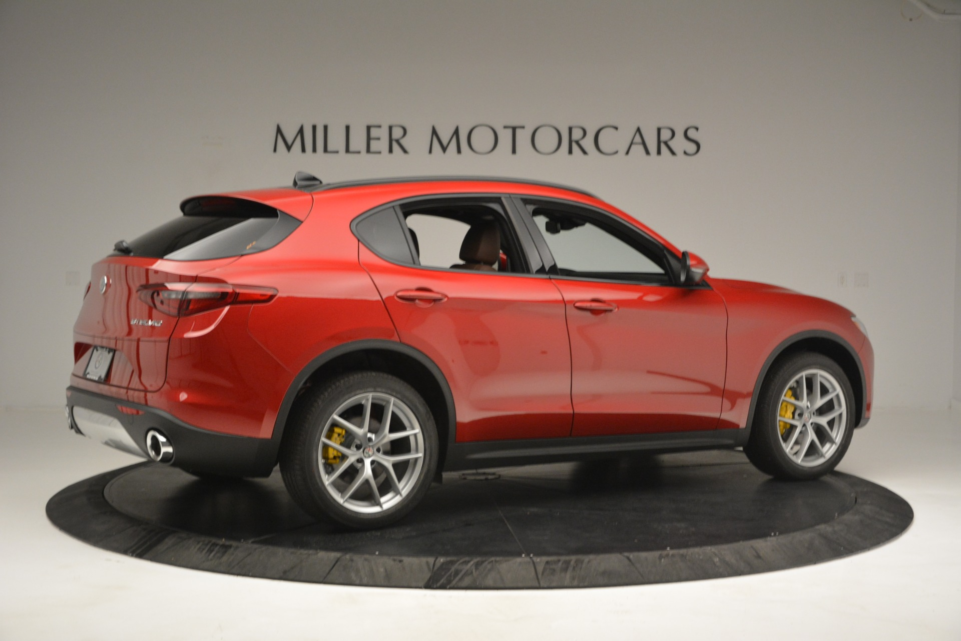 New 2019 Alfa Romeo Stelvio Ti Sport Q4 For Sale In Greenwich, CT. Alfa Romeo of Greenwich, LW268 2747_p8