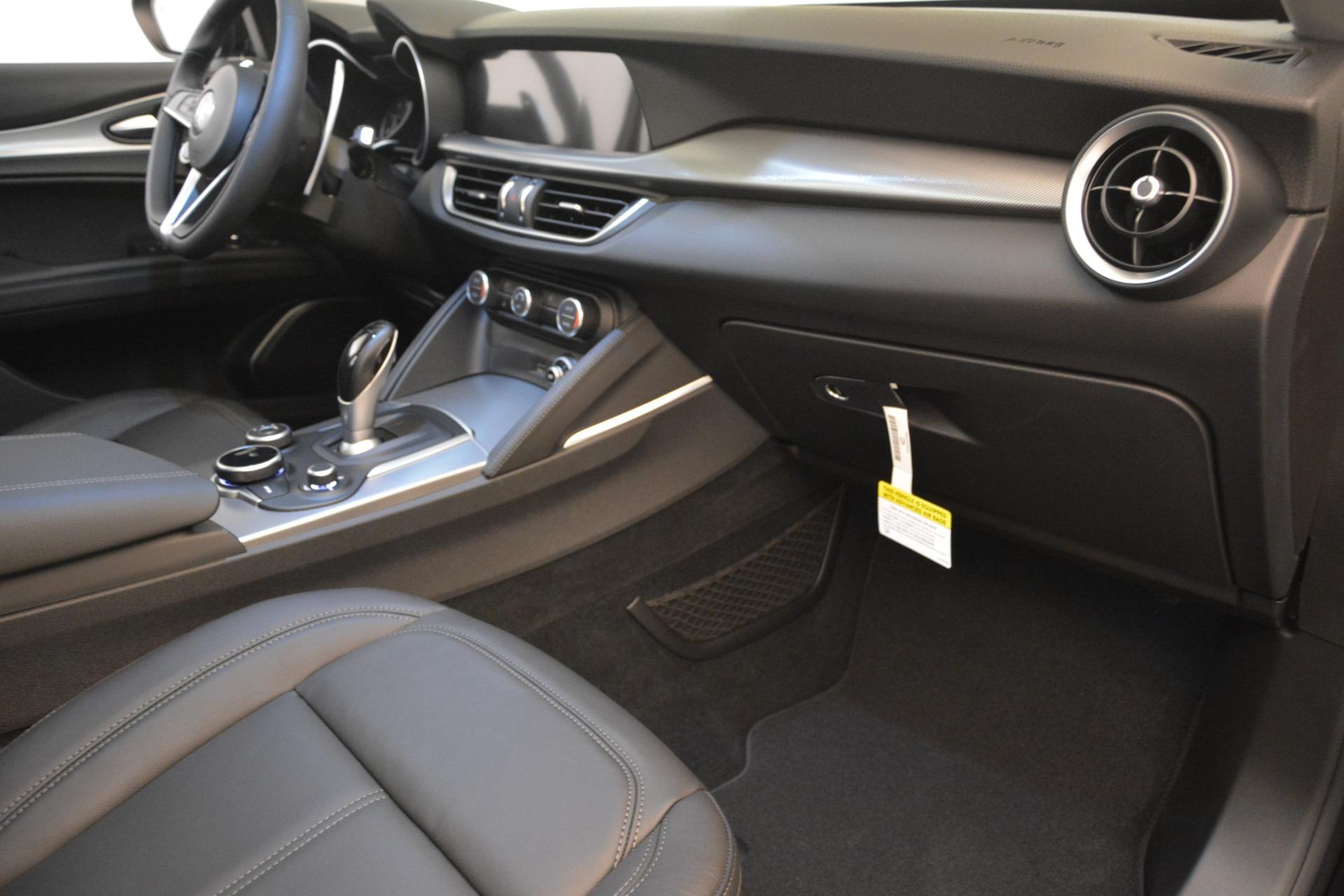 New 2019 Alfa Romeo Stelvio Ti Sport Q4 For Sale $54640 In Greenwich, CT 2748_p19