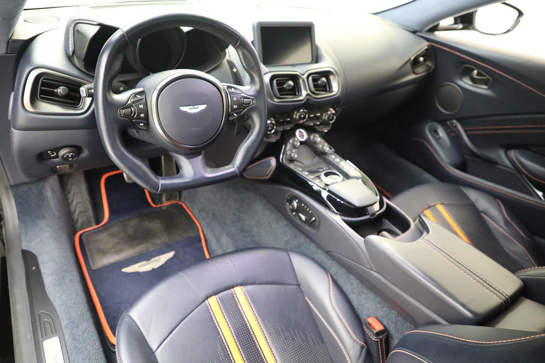 New 2019 Aston Martin Vantage  For Sale In Greenwich, CT. Alfa Romeo of Greenwich, A1321 2756_p14