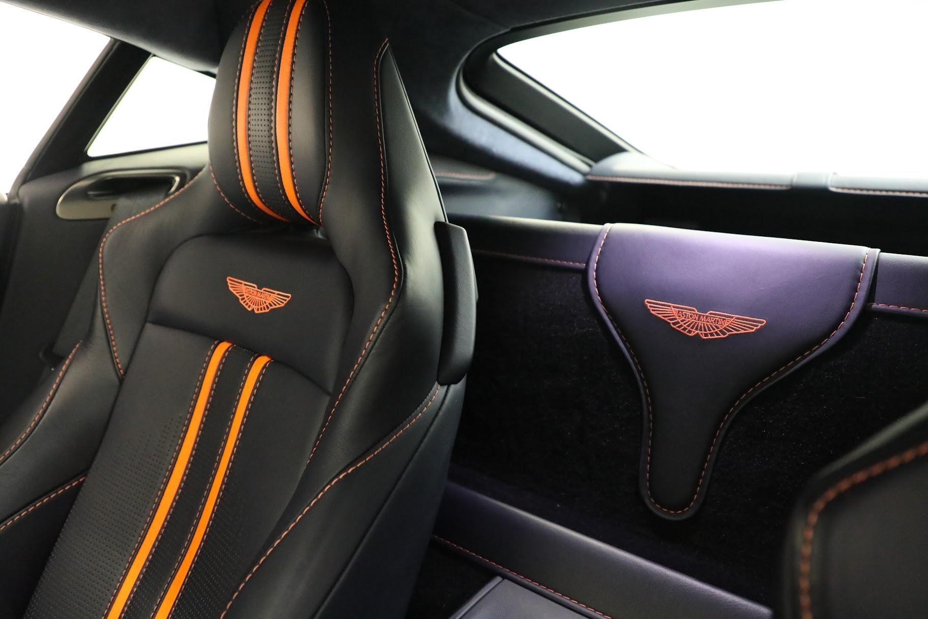 New 2019 Aston Martin Vantage  For Sale In Greenwich, CT. Alfa Romeo of Greenwich, A1321 2756_p17