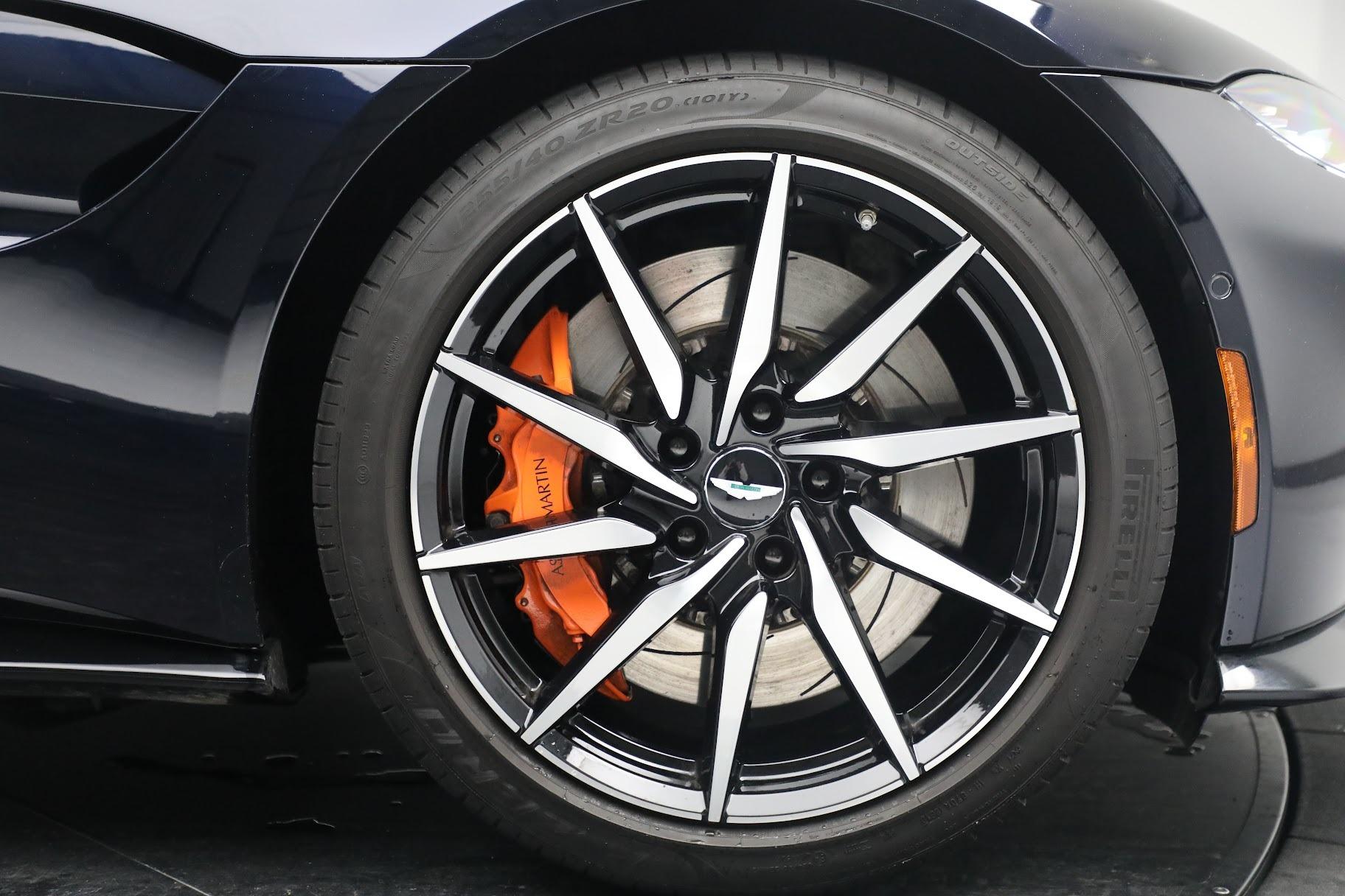 New 2019 Aston Martin Vantage  For Sale In Greenwich, CT. Alfa Romeo of Greenwich, A1321 2756_p20