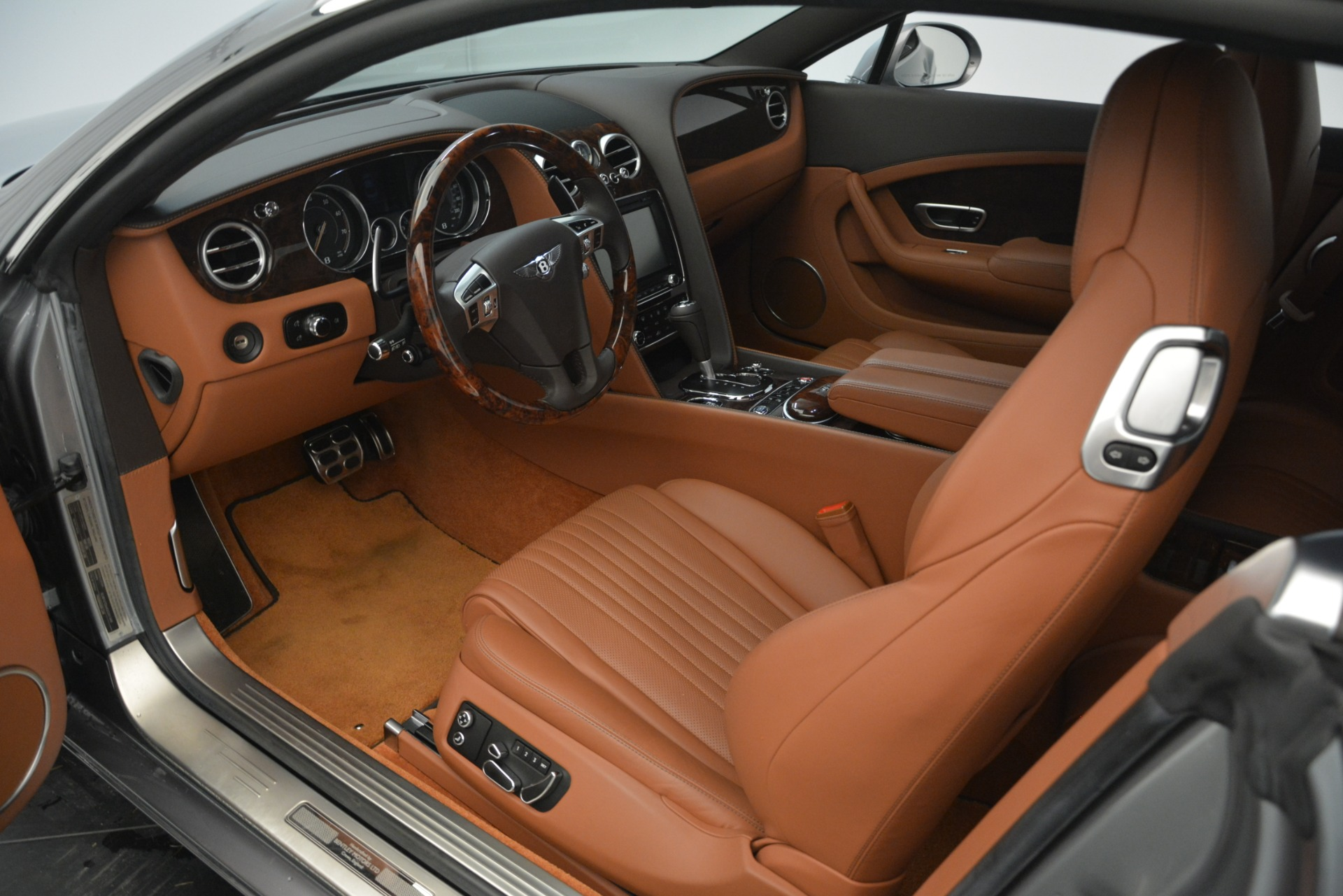 Used 2016 Bentley Continental GT W12 For Sale In Greenwich, CT. Alfa Romeo of Greenwich, 7428 2757_p17