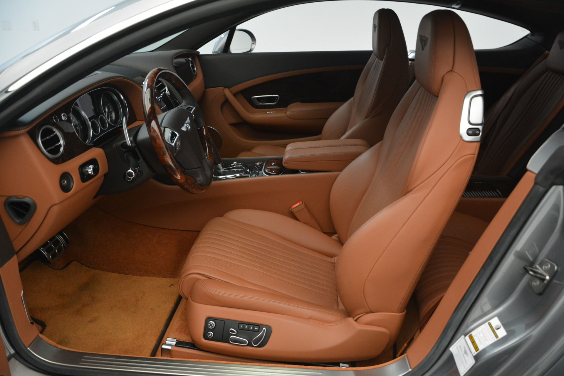 Used 2016 Bentley Continental GT W12 For Sale In Greenwich, CT. Alfa Romeo of Greenwich, 7428 2757_p18